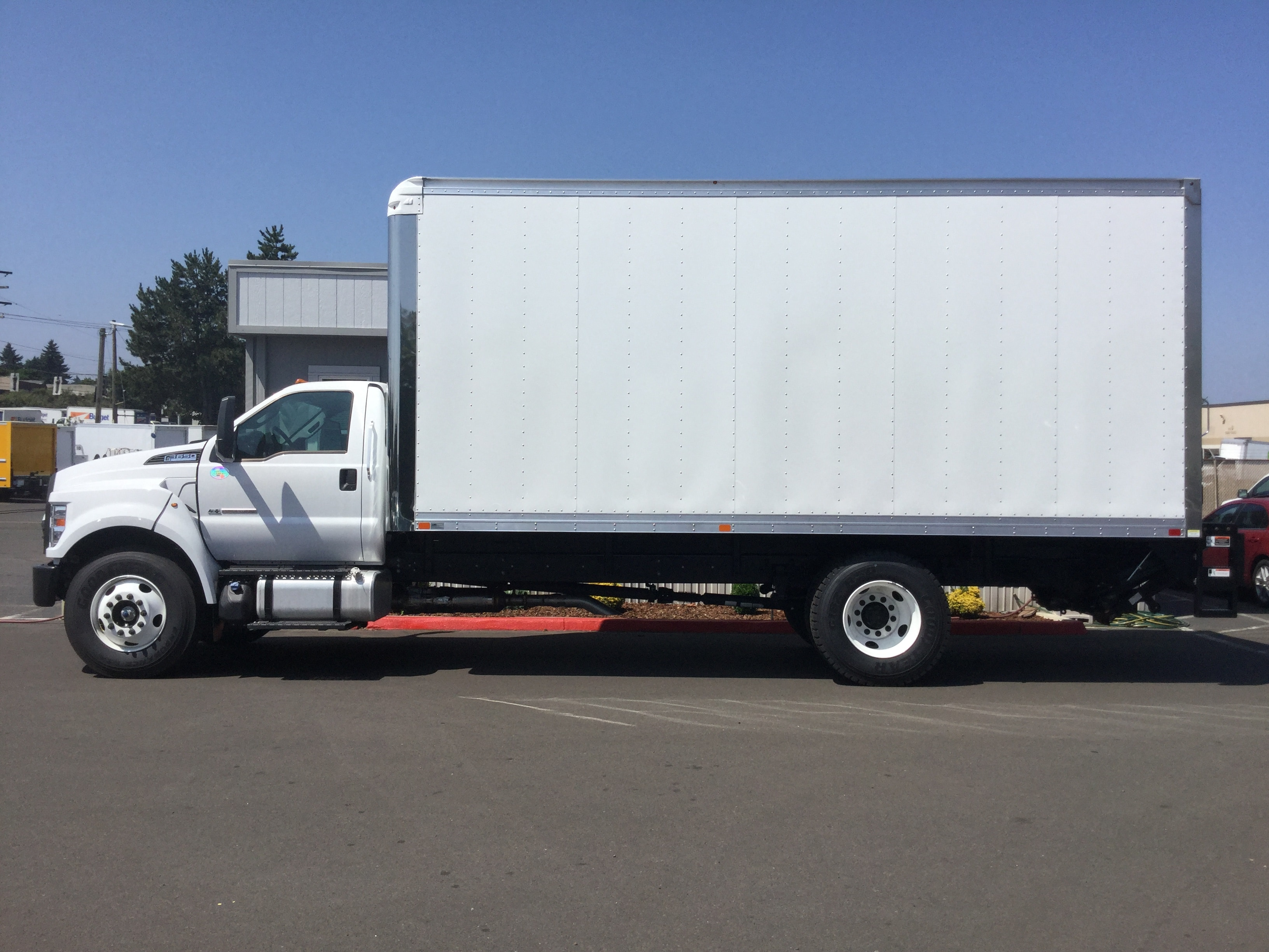 2018 F-650 Regular Cab DRW 4x2,  Summit Dry Freight #6793 - photo 5