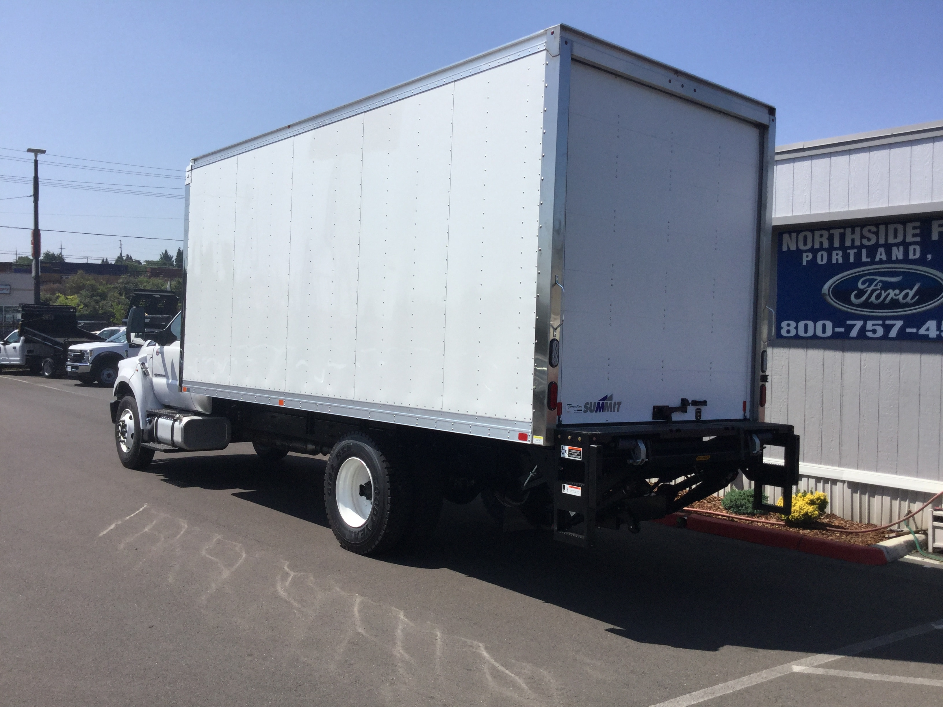 2018 F-650 Regular Cab DRW 4x2,  Summit Dry Freight #6793 - photo 2