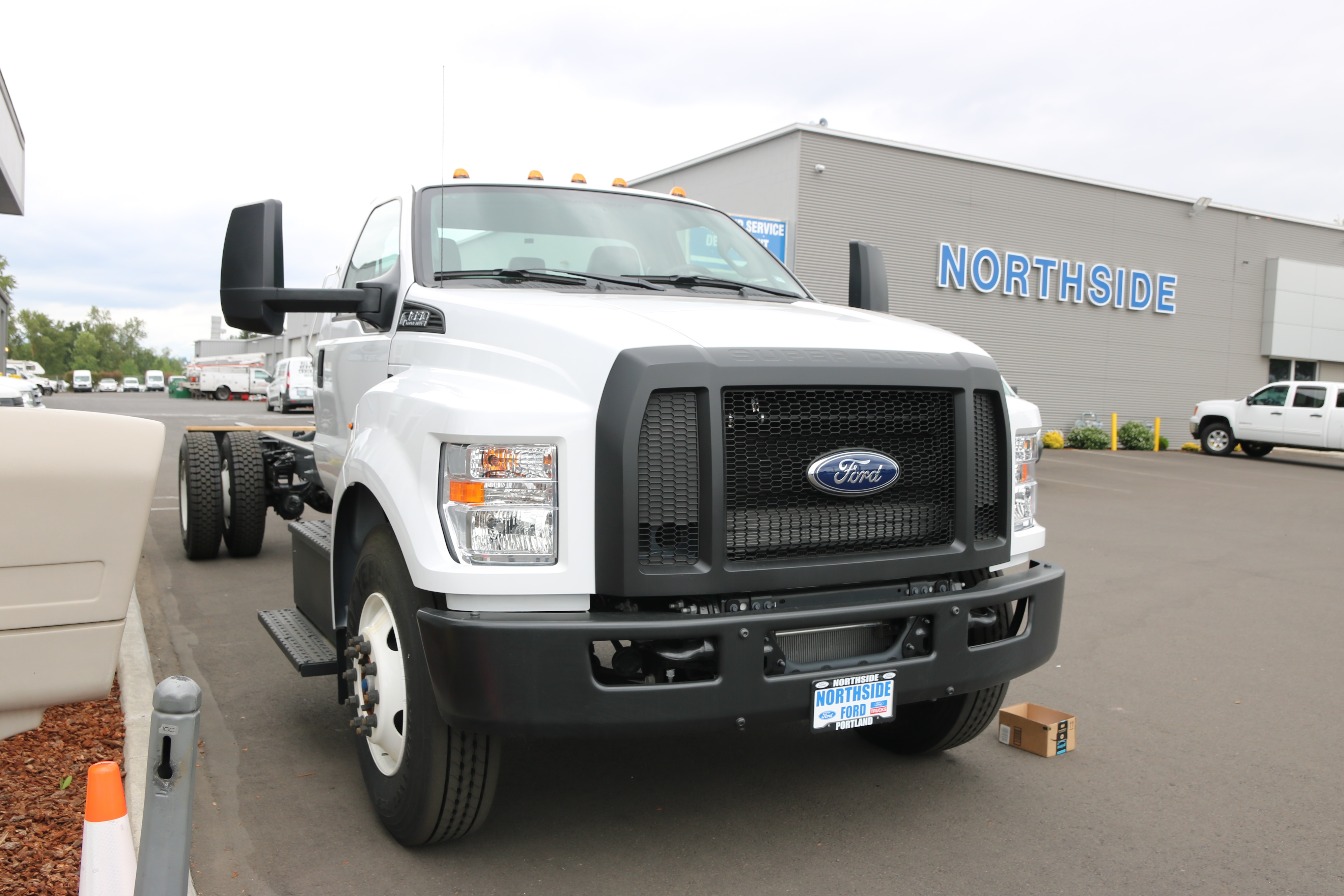 2018 F-650 Regular Cab DRW 4x2,  Cab Chassis #6797 - photo 3