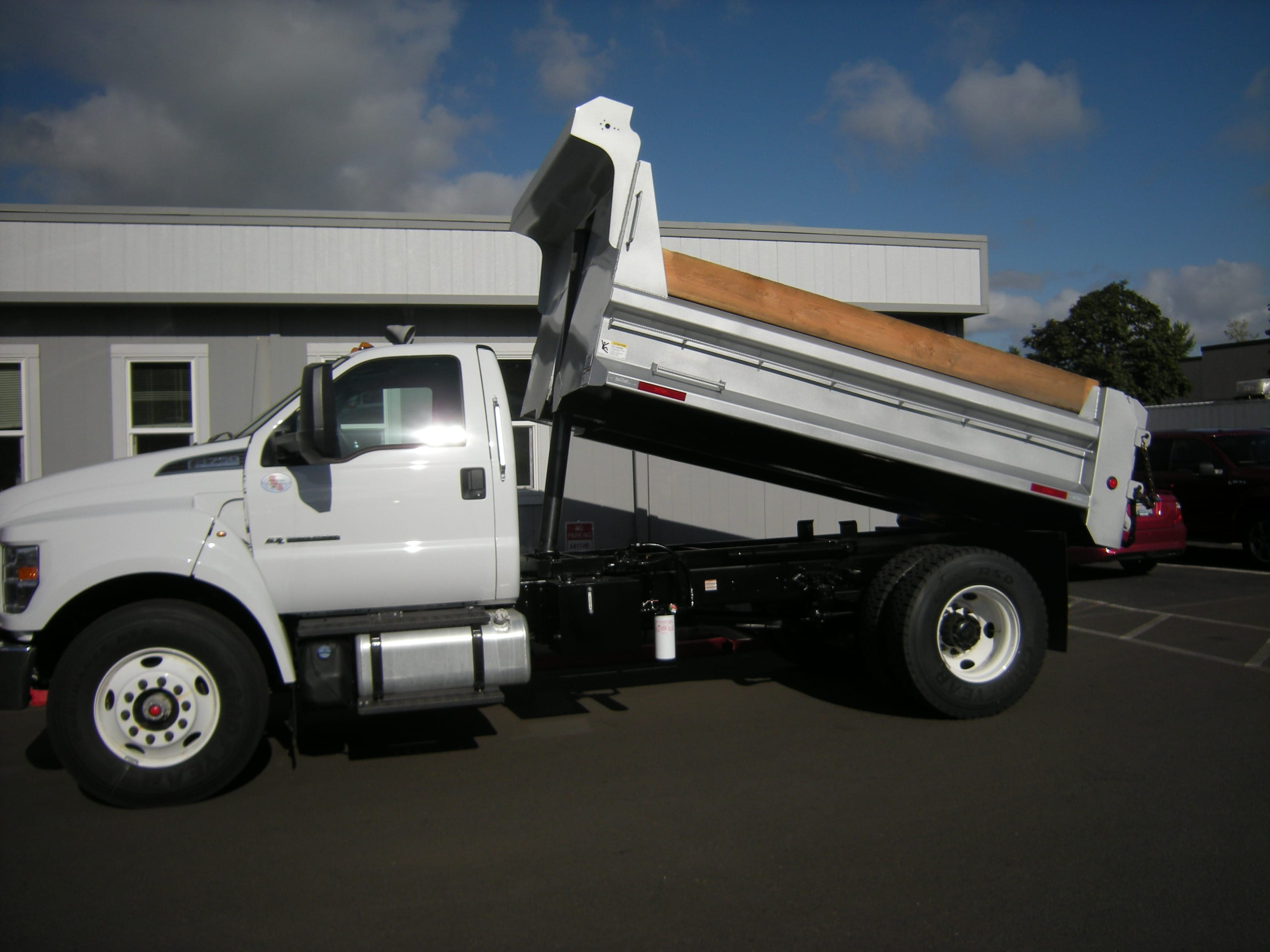 2018 F-750 Regular Cab DRW 4x2,  The Fab Shop Dump Body #7049 - photo 5