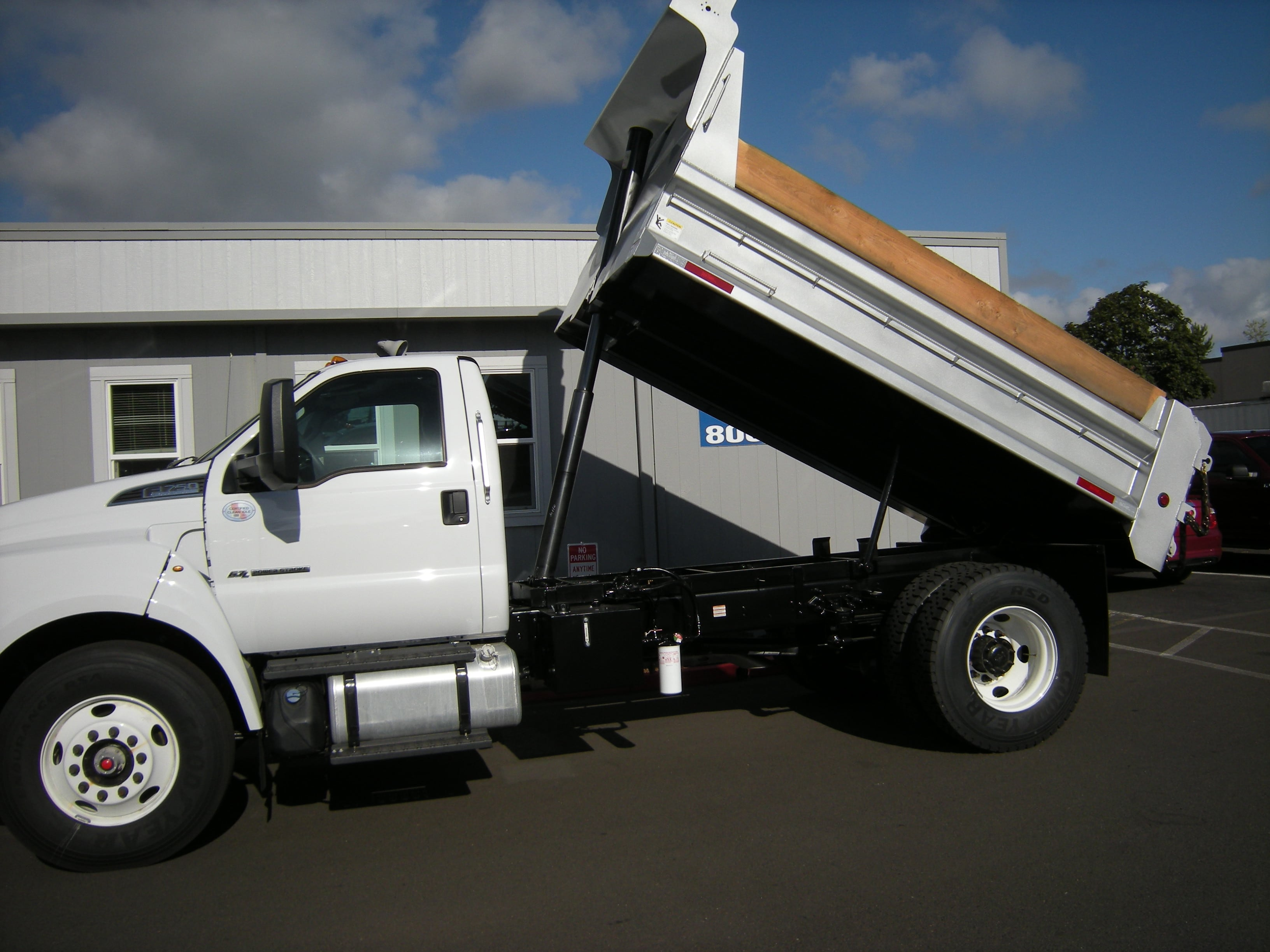 2018 F-750 Regular Cab DRW 4x2,  The Fab Shop Dump Body #7049 - photo 6