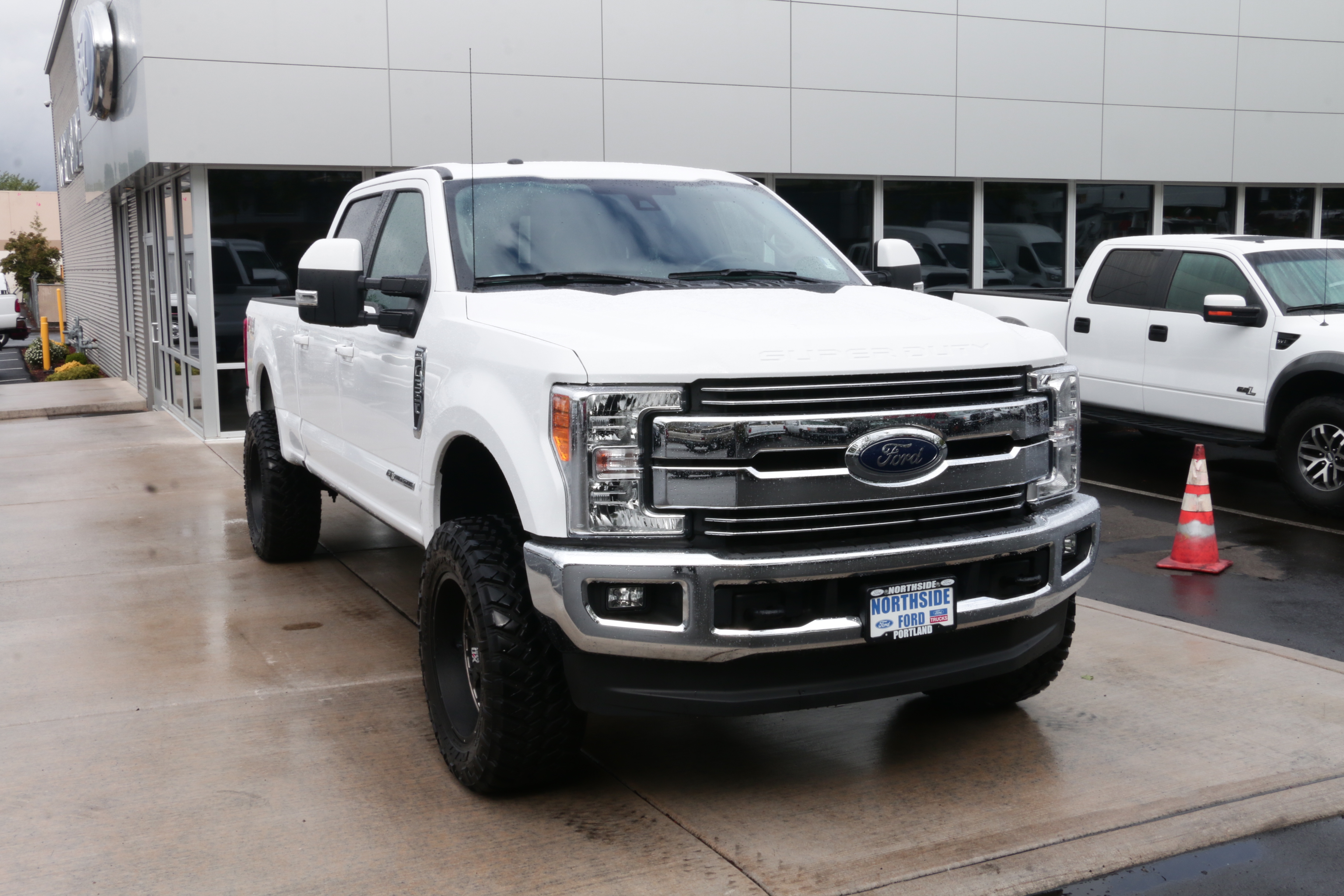 2017 F-350 Crew Cab 4x4, Pickup #73073 - photo 3