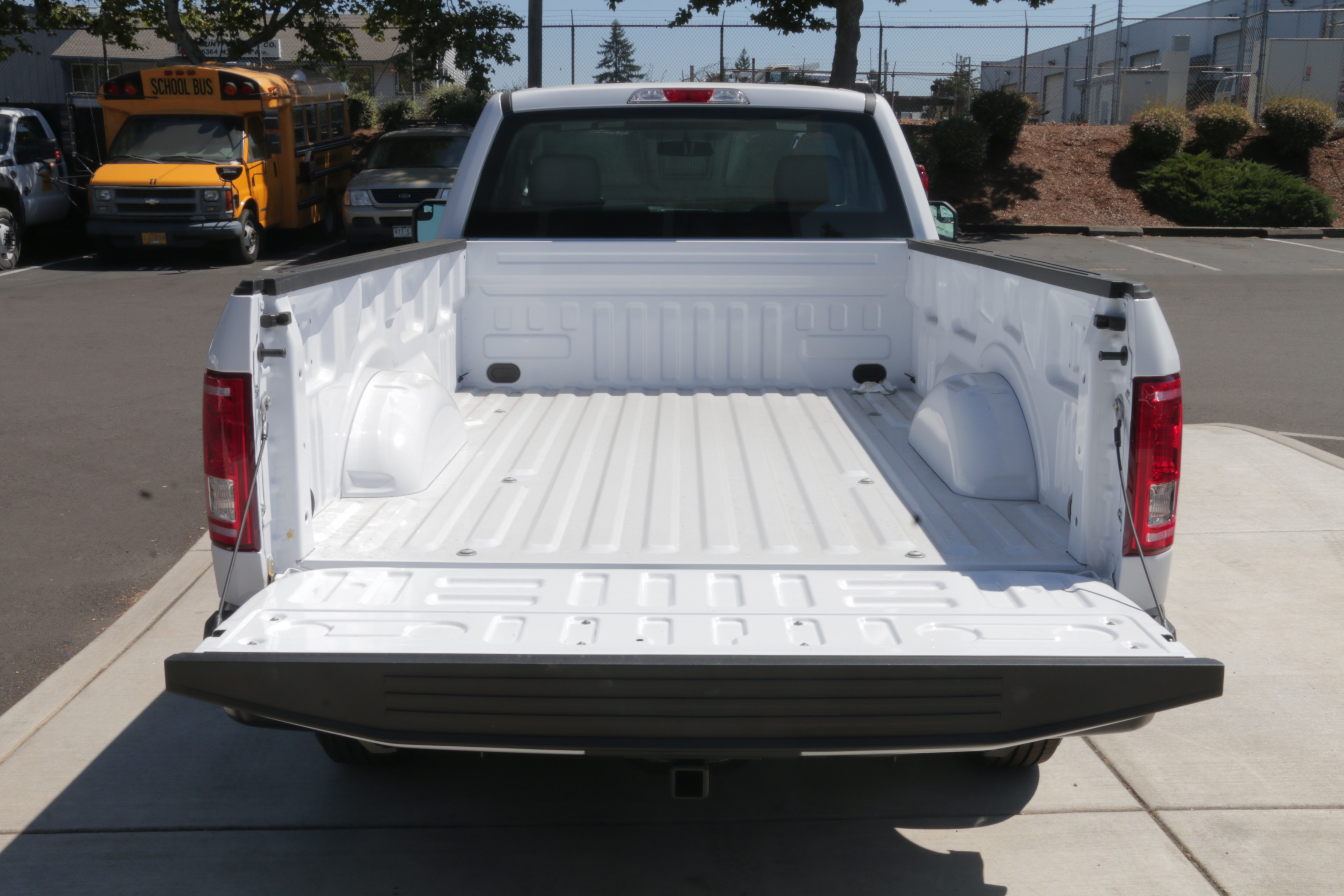 2017 F-150 Regular Cab, Pickup #73392 - photo 7