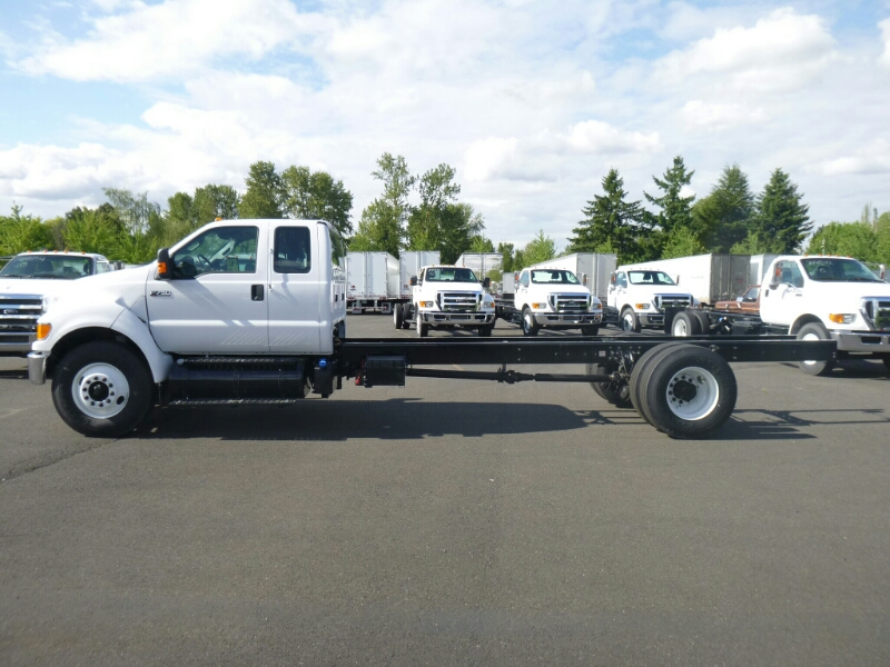 2015 F-750 Super Cab DRW, Cab Chassis #7997 - photo 4