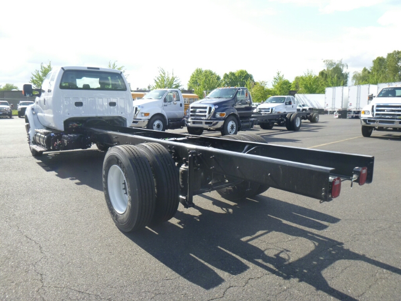 2015 F-750 Super Cab DRW, Cab Chassis #7997 - photo 2