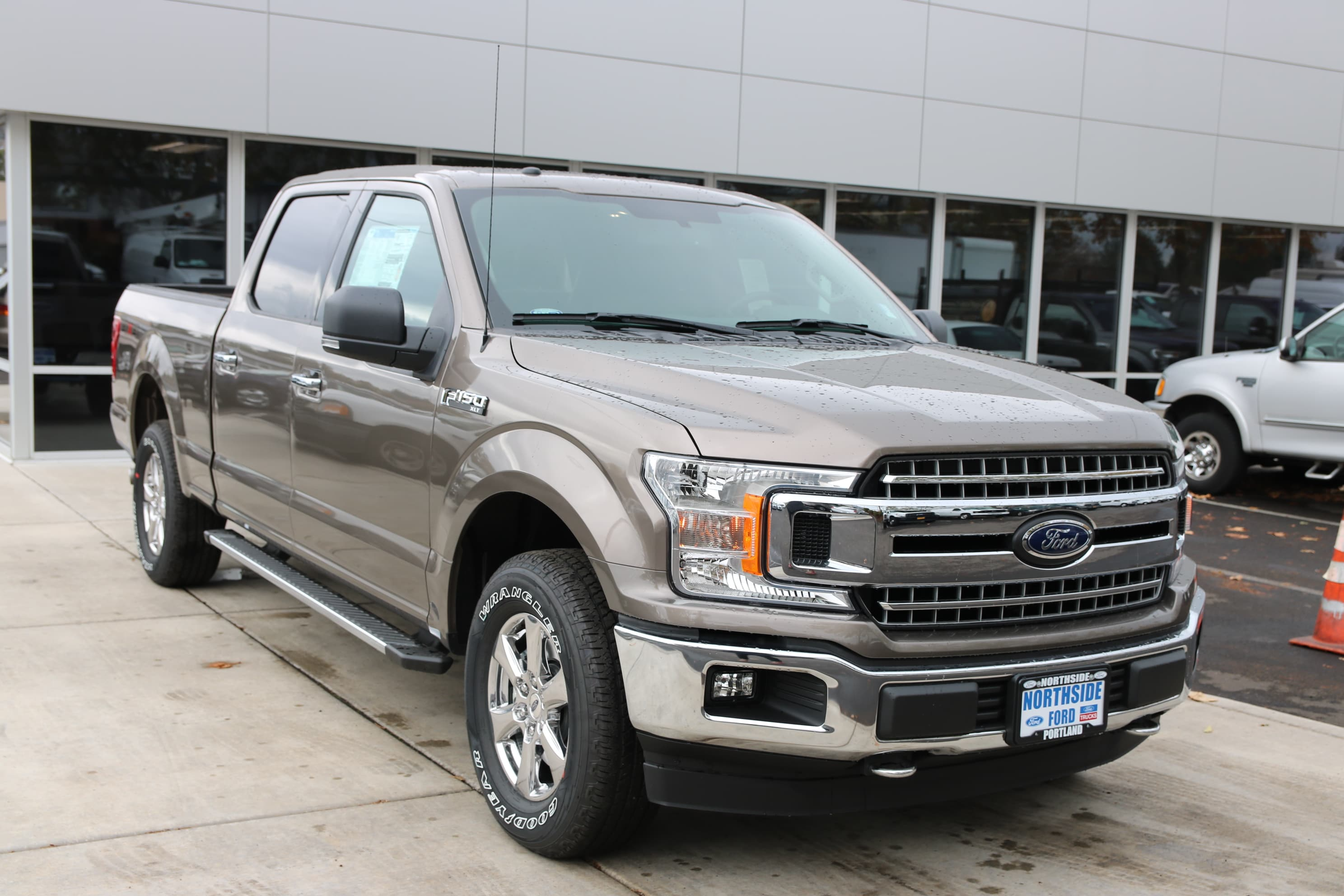 2018 F-150 Crew Cab 4x4 Pickup #83442 - photo 3