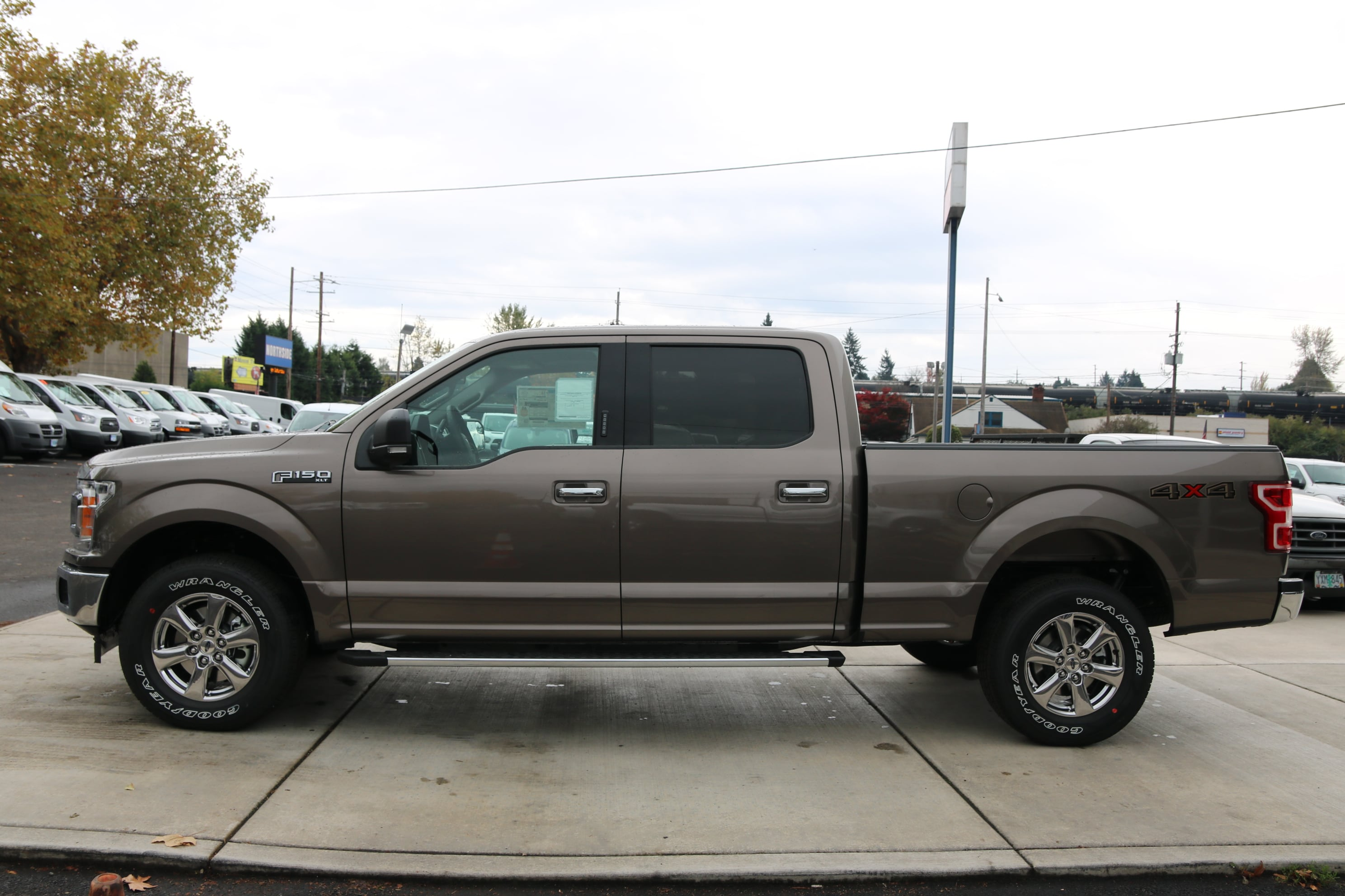2018 F-150 Crew Cab 4x4 Pickup #83442 - photo 5
