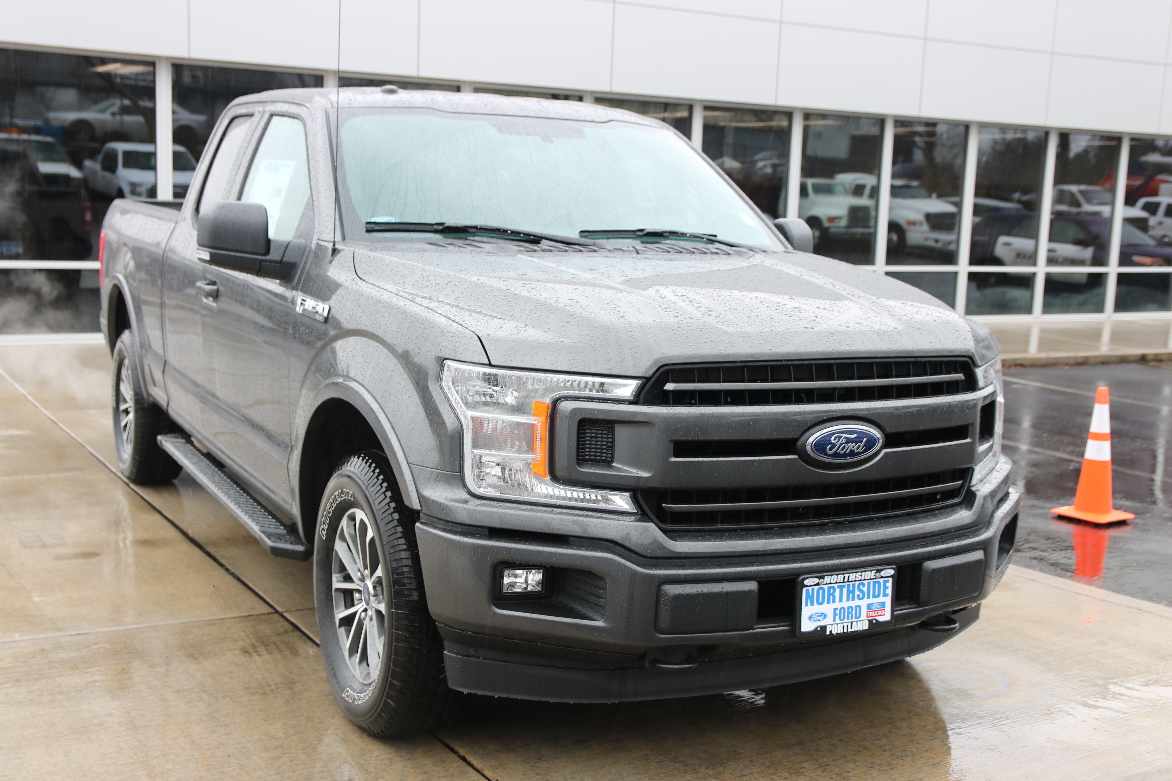 2018 F-150 Super Cab 4x4, Pickup #83565 - photo 3