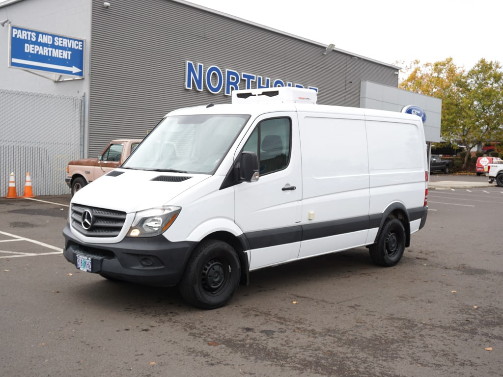 2016 Mercedes-Benz Sprinter 2500 4x2, Refrigerated Body #C06868A - photo 1
