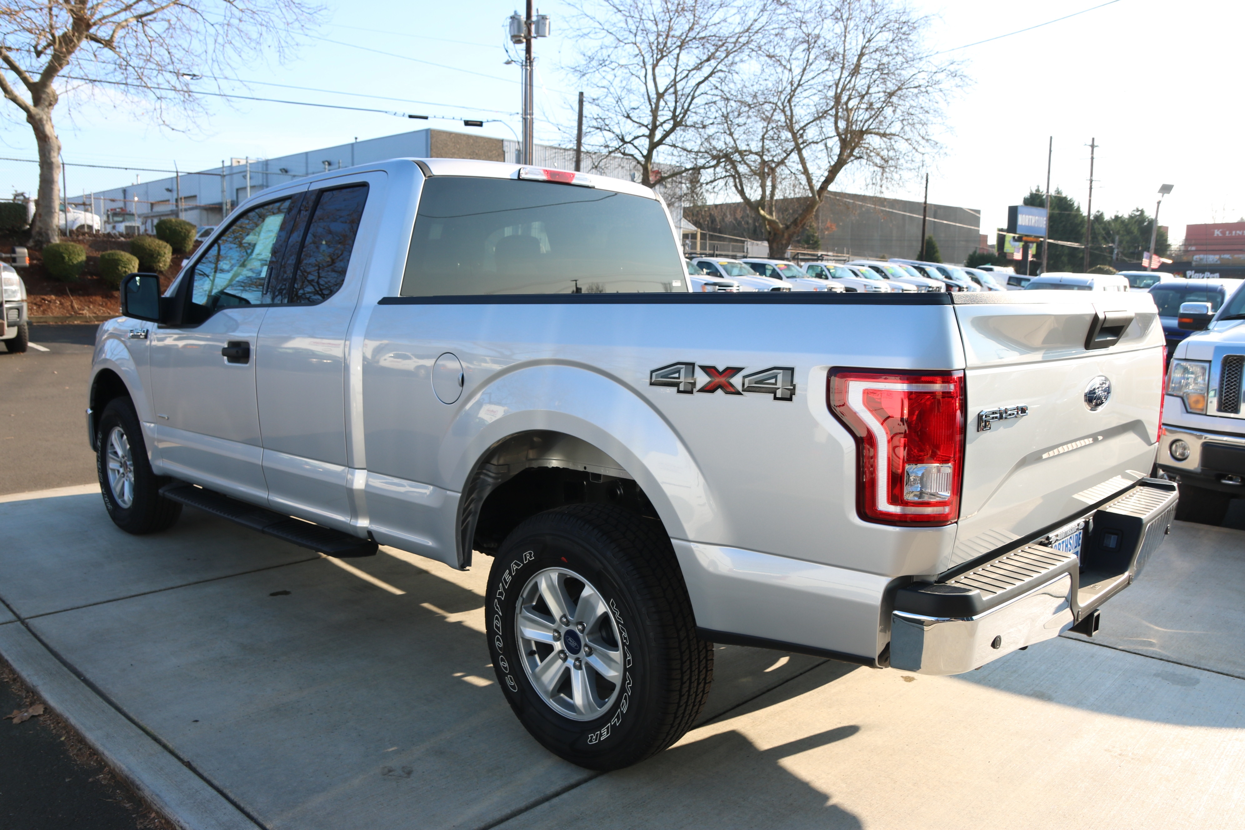 2017 F-150 Super Cab 4x4 Pickup #C75036 - photo 2