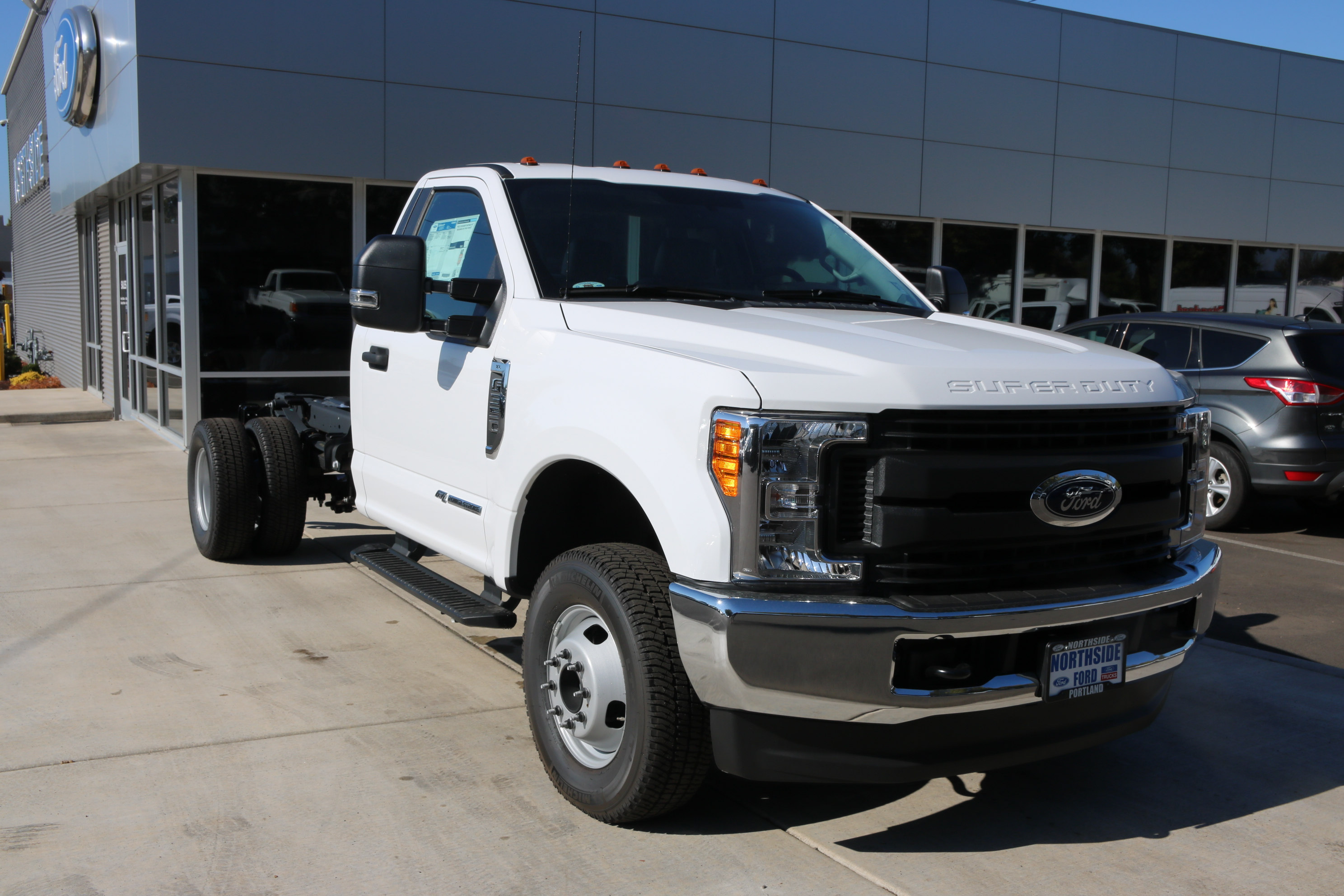 2017 F-350 Regular Cab DRW 4x4, Cab Chassis #C75104 - photo 3