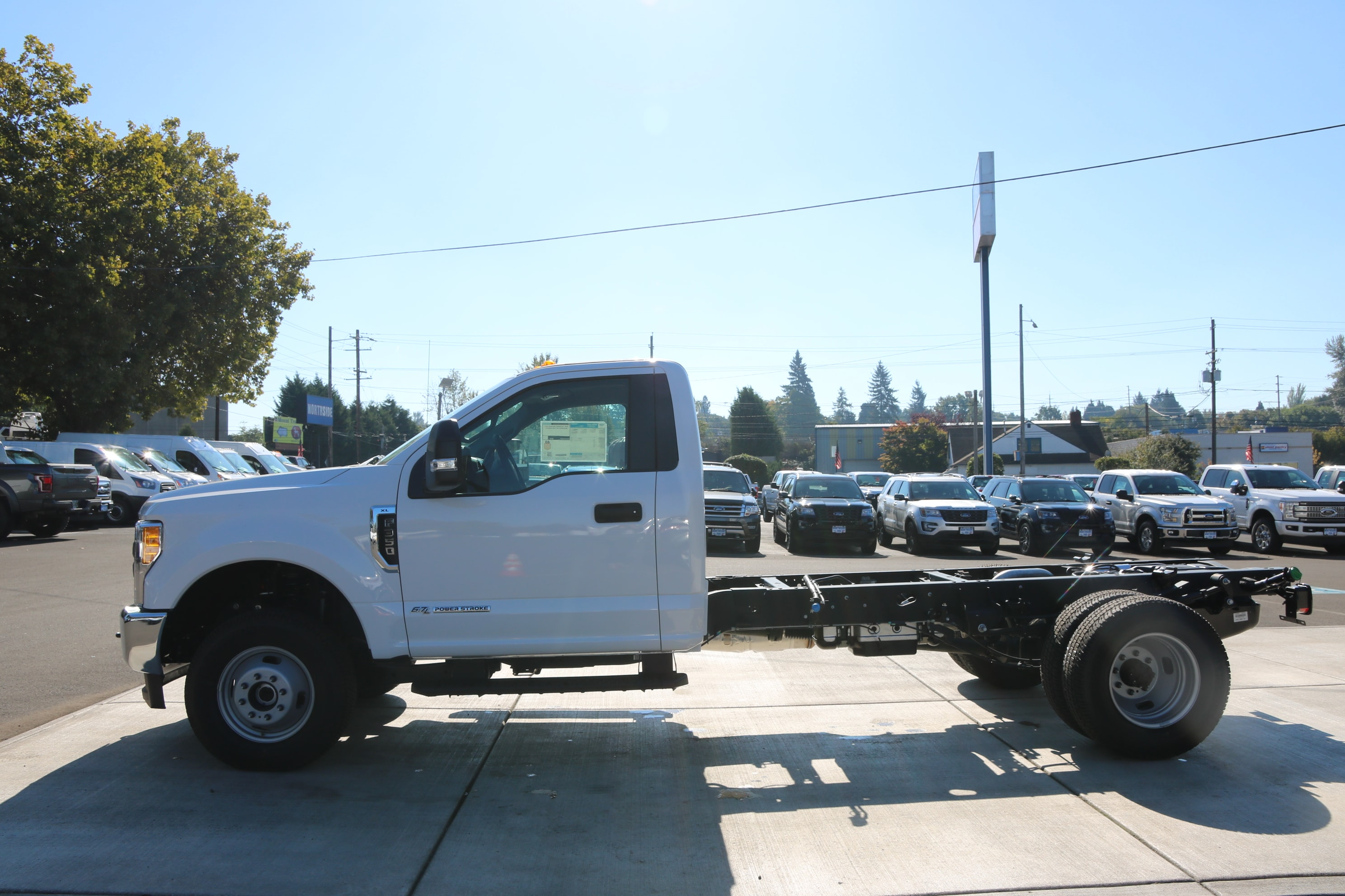 2017 F-350 Regular Cab DRW 4x4, Cab Chassis #C75104 - photo 5