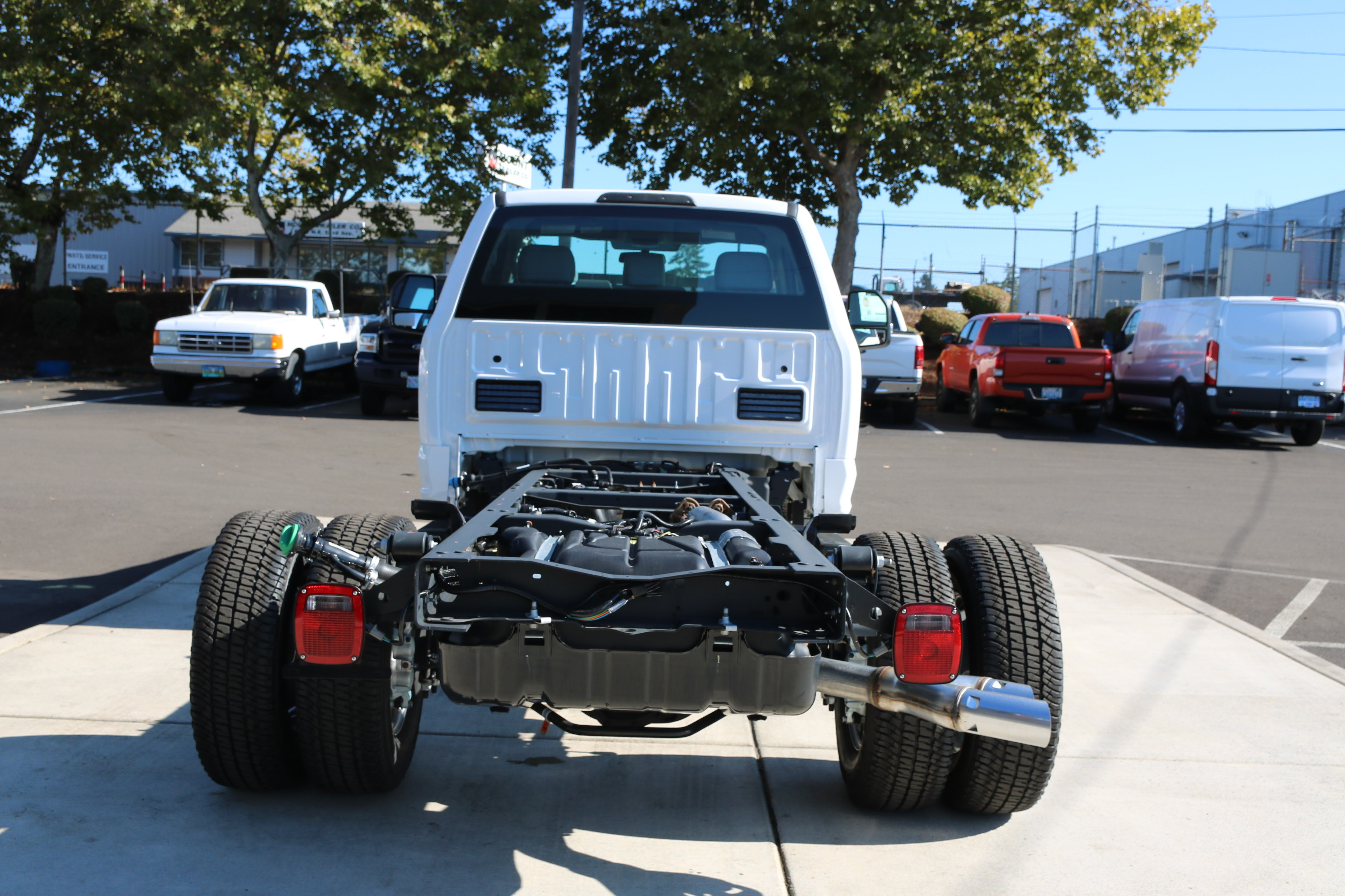 2017 F-350 Regular Cab DRW 4x4, Cab Chassis #C75104 - photo 6