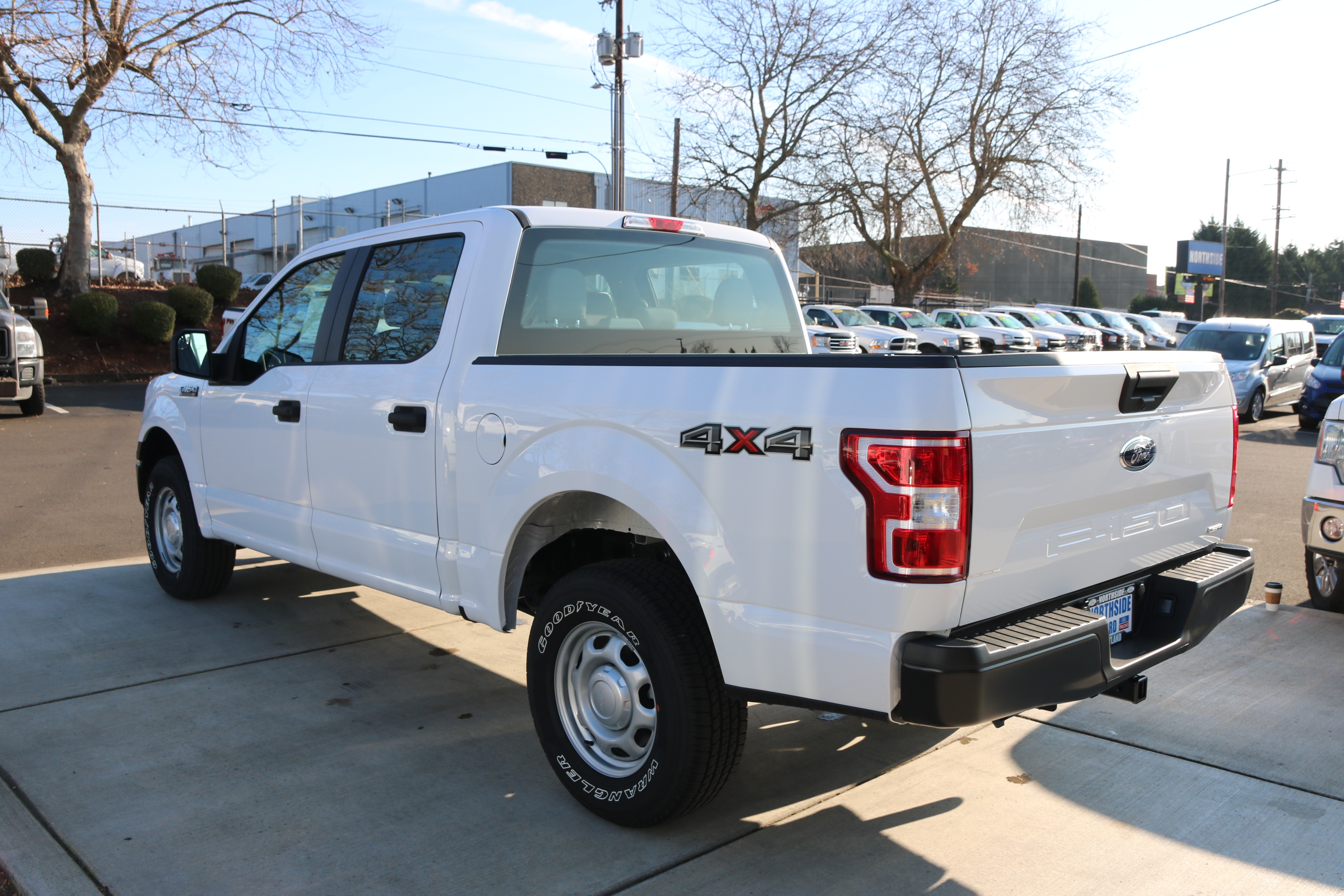 2018 F-150 Crew Cab 4x4, Pickup #C85238 - photo 2