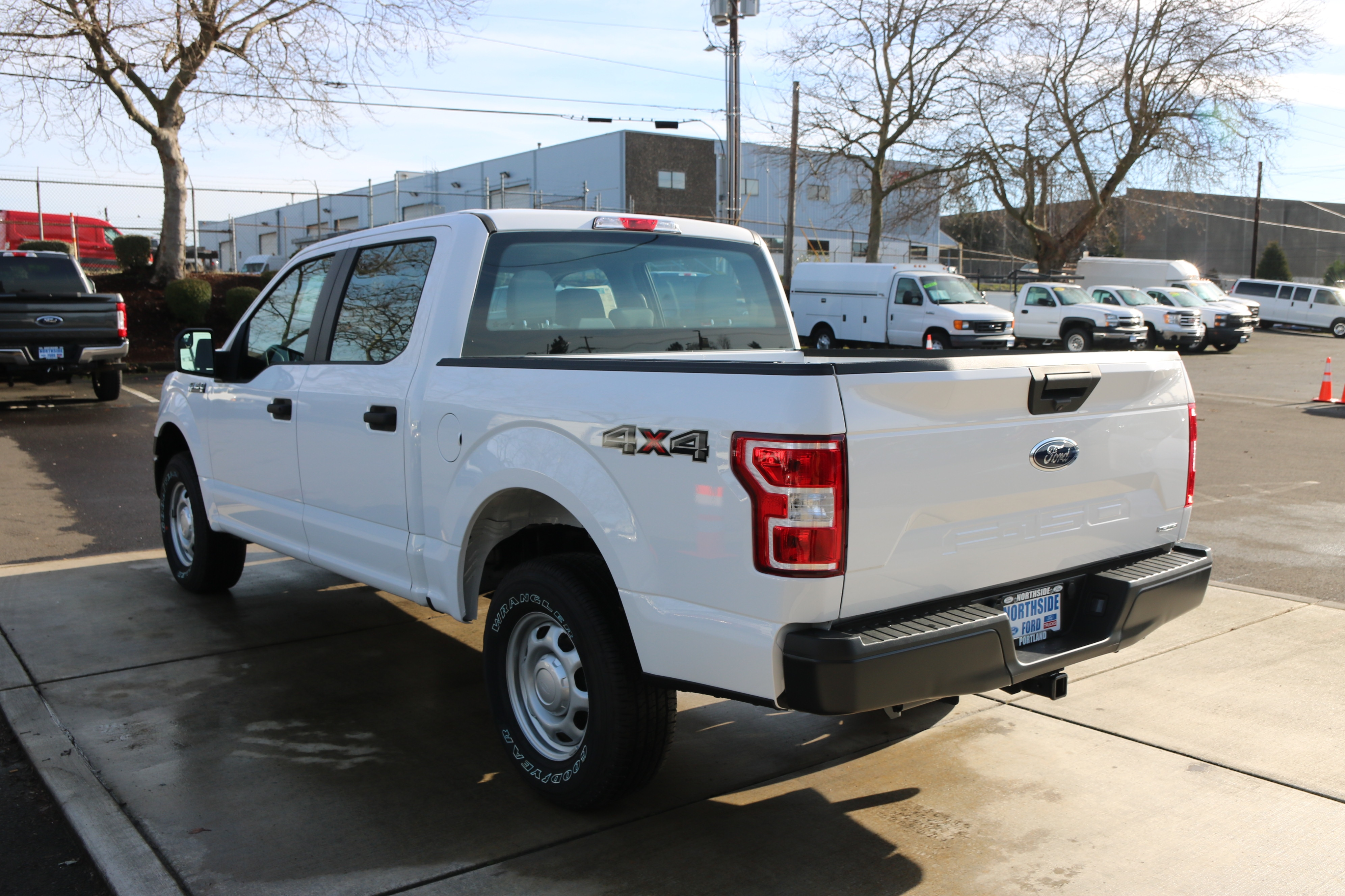 2018 F-150 Crew Cab 4x4, Pickup #C85242 - photo 2