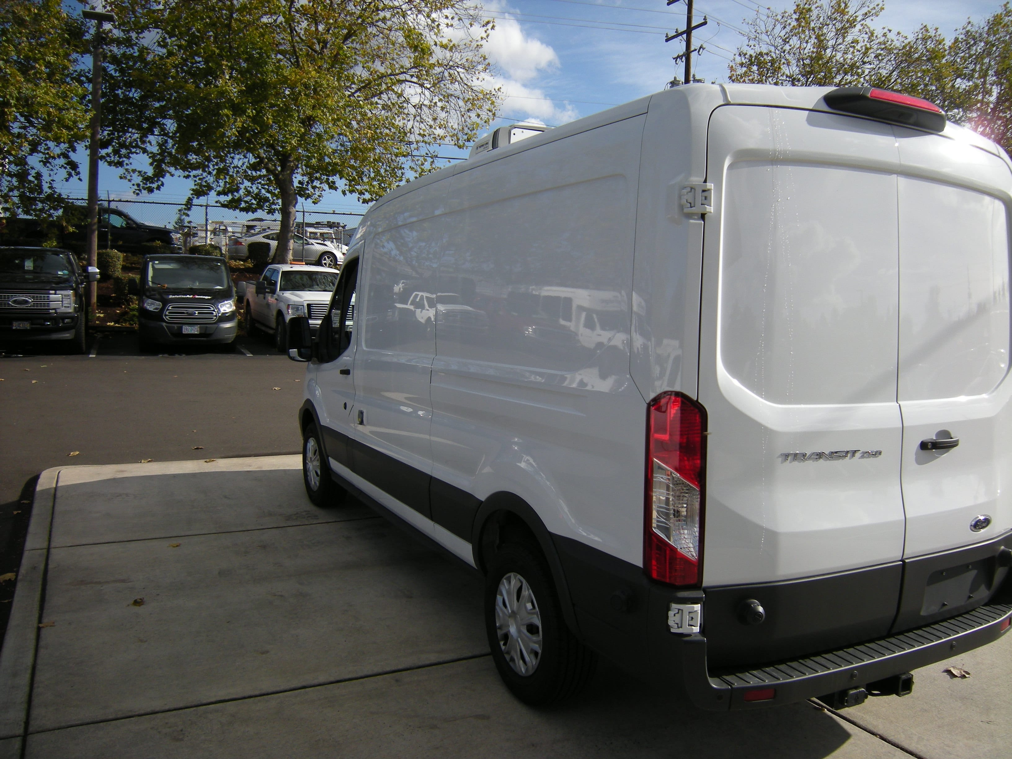 2018 Transit 250 Med Roof 4x2,  Thermo King Refrigerated Body #C85603 - photo 6