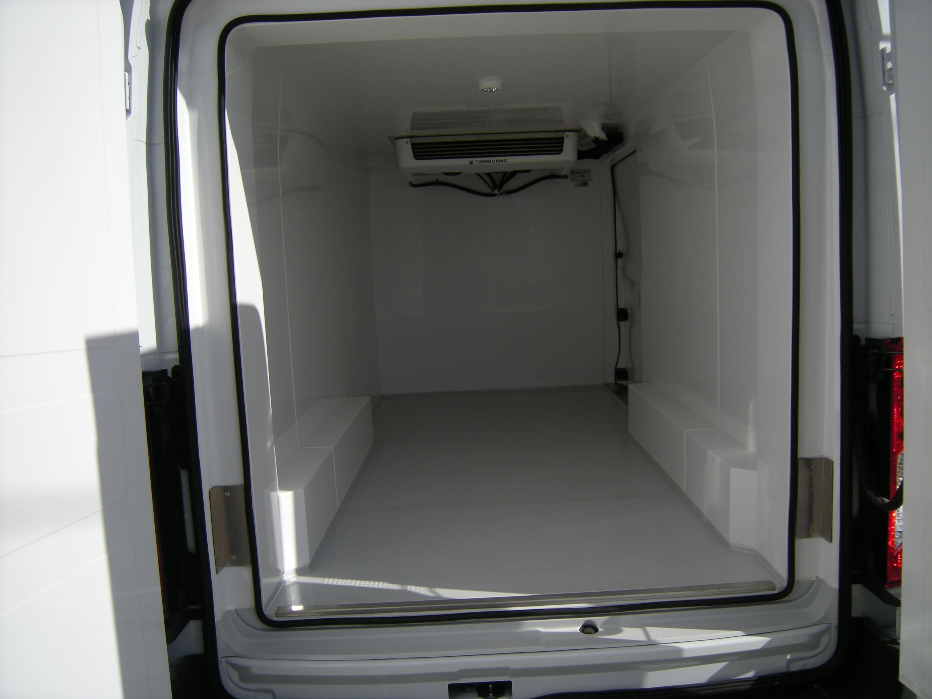2018 Transit 250 Med Roof 4x2,  Thermo King Refrigerated Body #C85603 - photo 2