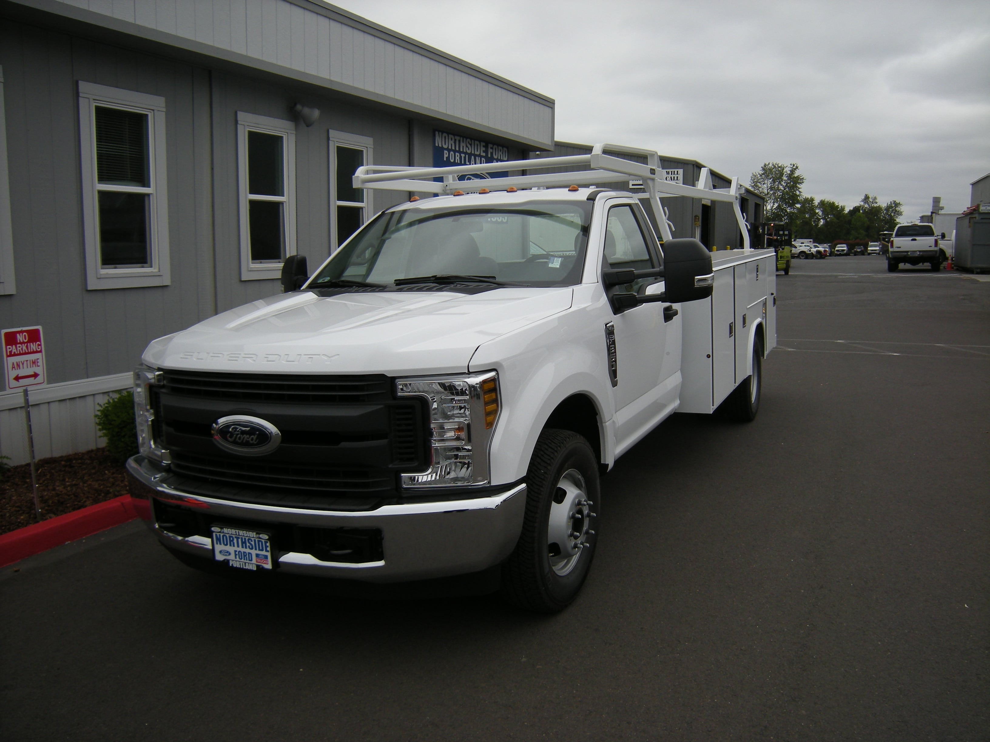 New 2018 Ford F 350 Regular Cab Service Body For Sale In Portland Or Drw 4x2 C85841 Photo