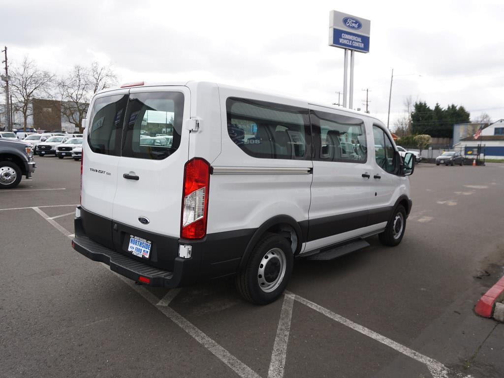 2019 Ford Transit 150 Low Roof 4x2, Passenger Wagon #C97758 - photo 5