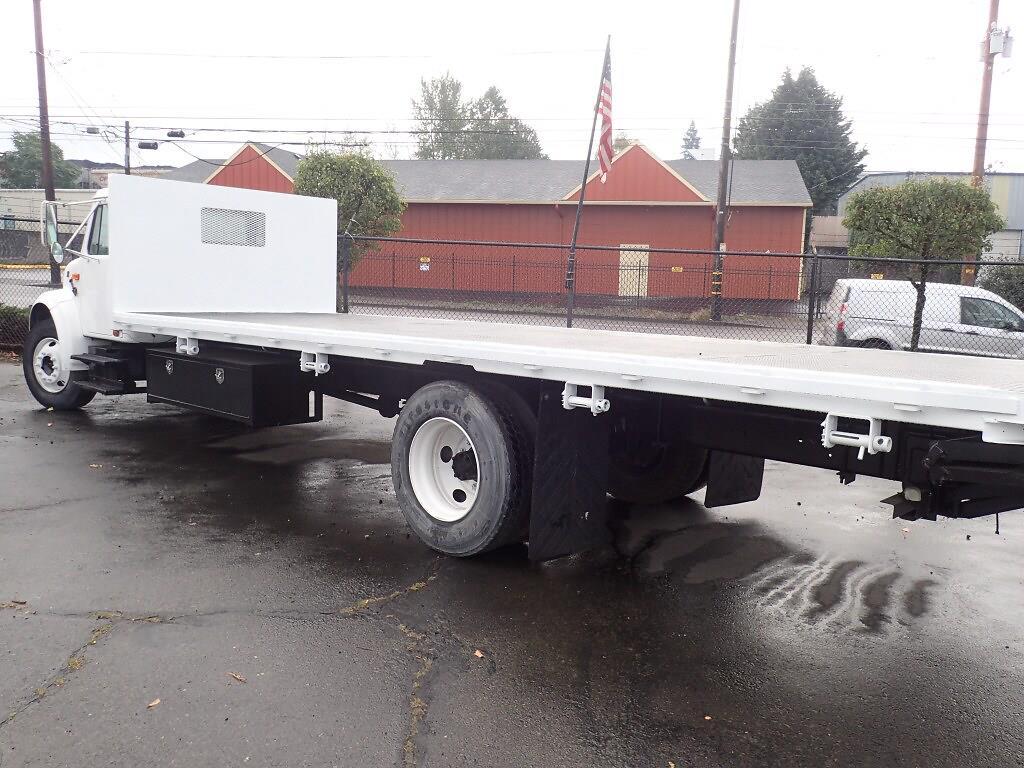 2001 International Truck 4x2, Platform Body #P4830 - photo 1