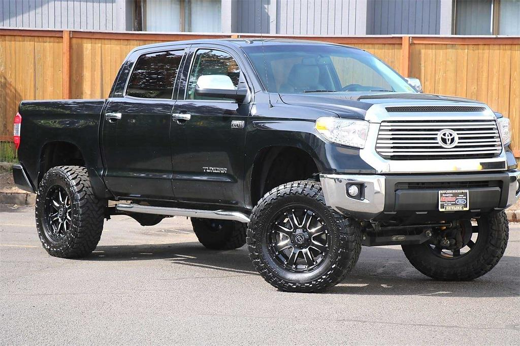 2017 Toyota Tundra Crew Cab 4x4, Pickup #205414A - photo 1