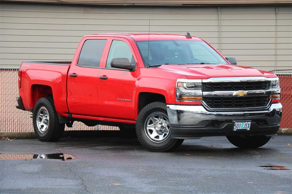 2016 Chevrolet Silverado 1500 Crew Cab 4x4, Pickup #205518A - photo 2