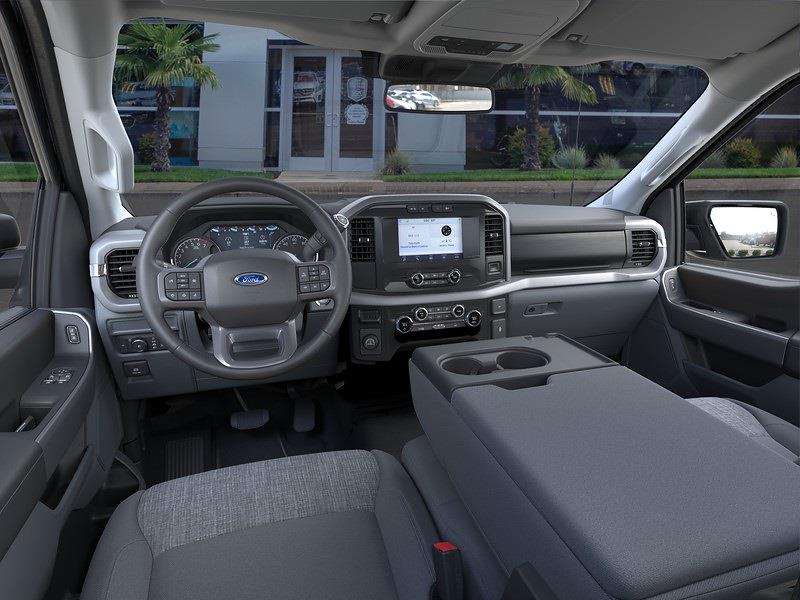 2021 Ford F-150 Regular Cab 4x2, Pickup #216140 - photo 9
