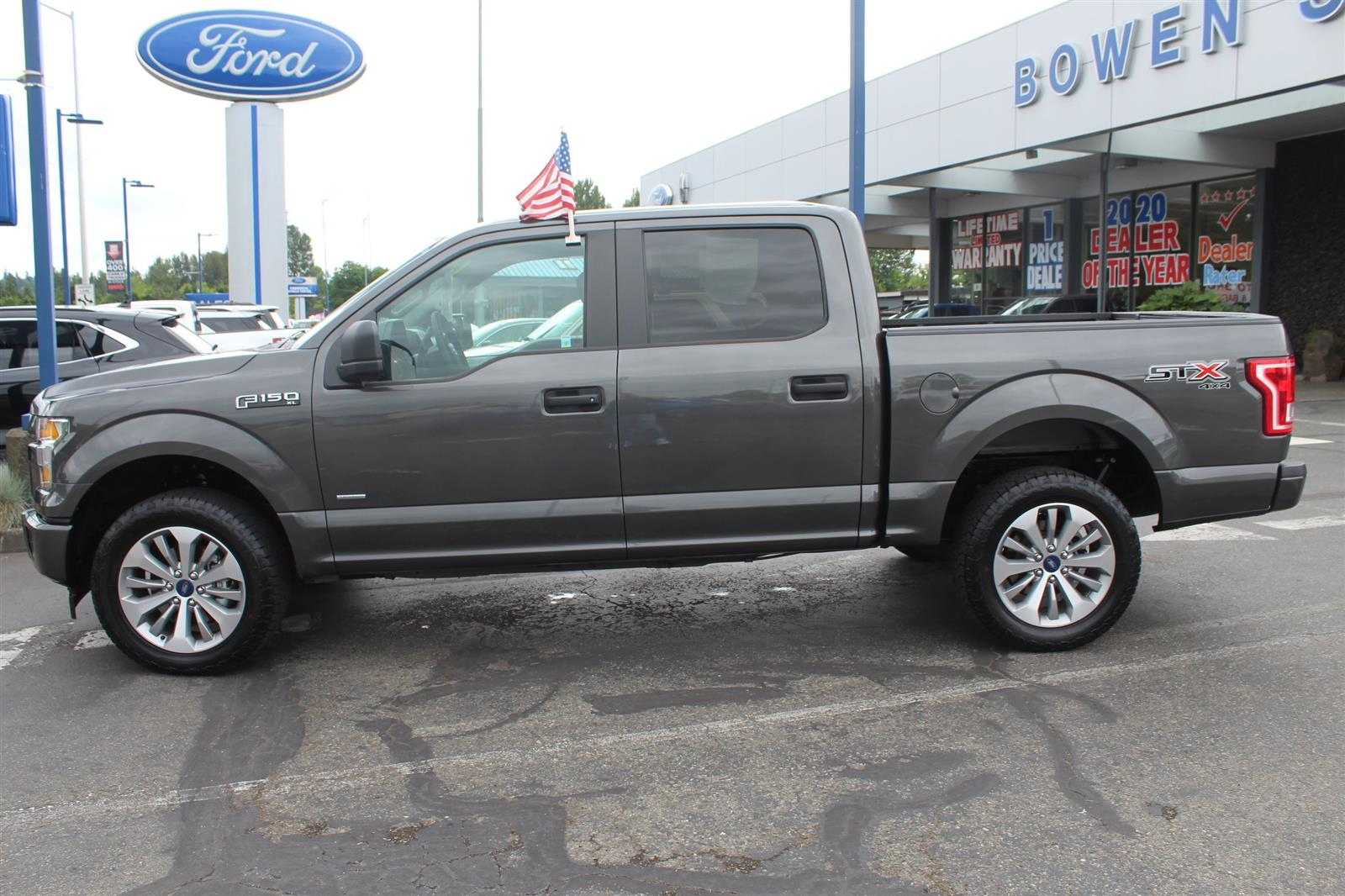 2017 Ford F-150 SuperCrew Cab 4x4, Pickup #52659 - photo 10