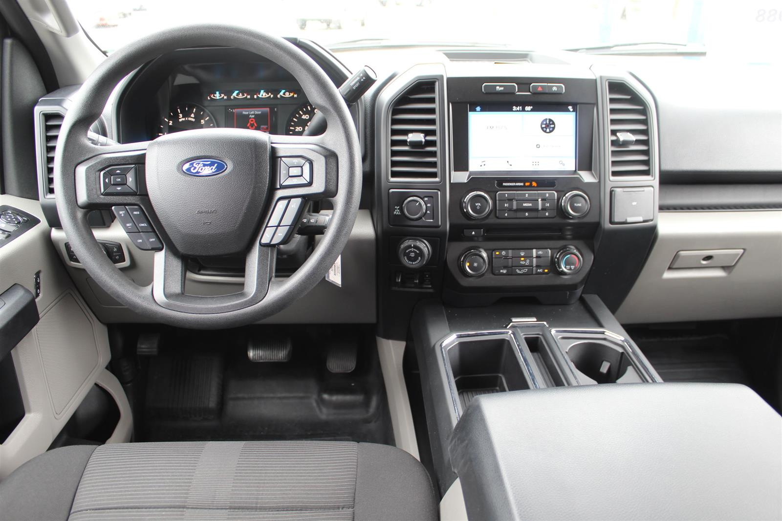 2017 Ford F-150 SuperCrew Cab 4x4, Pickup #52659 - photo 13