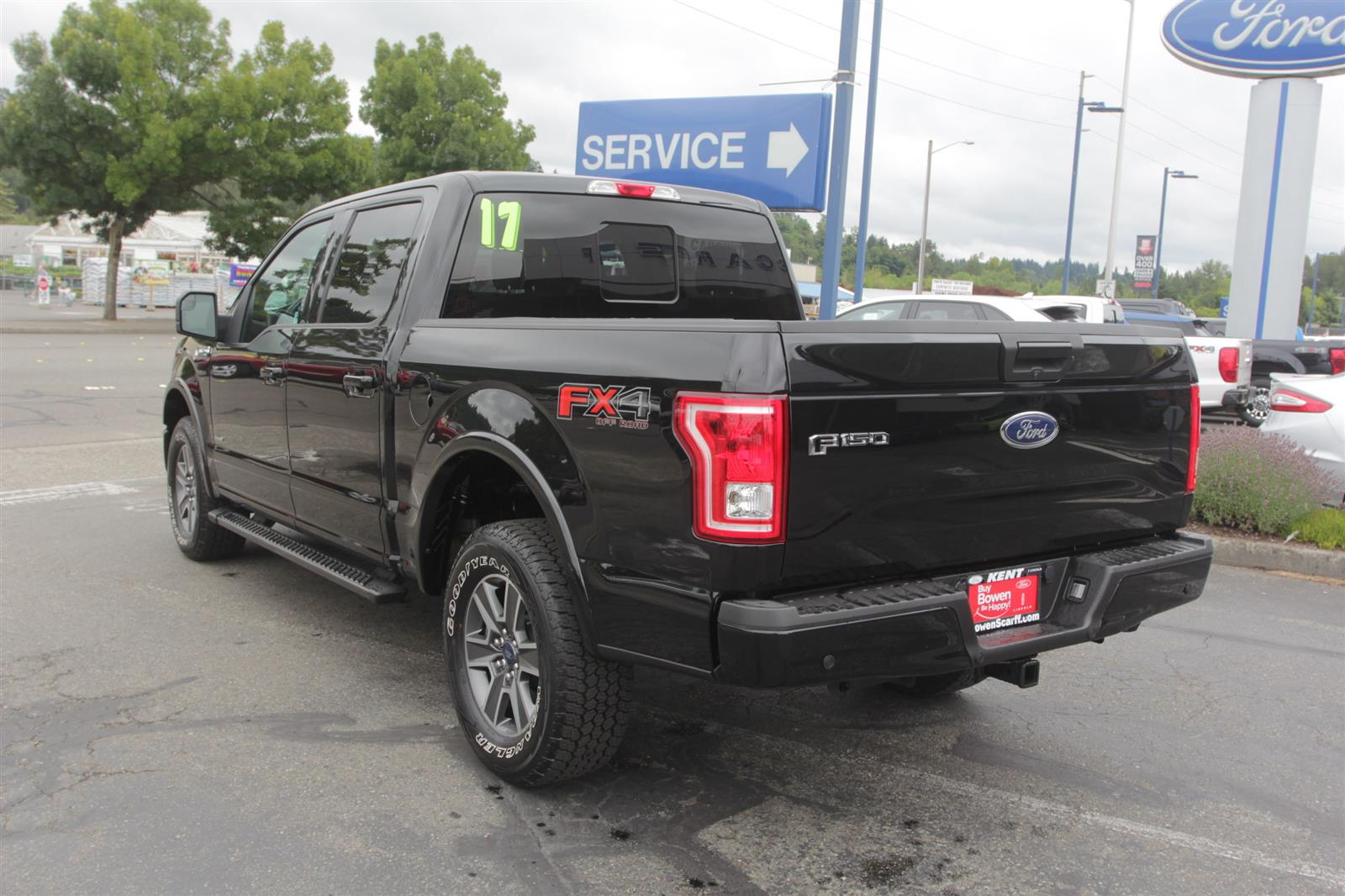 2017 Ford F-150 SuperCrew Cab 4x4, Pickup #52673 - photo 2