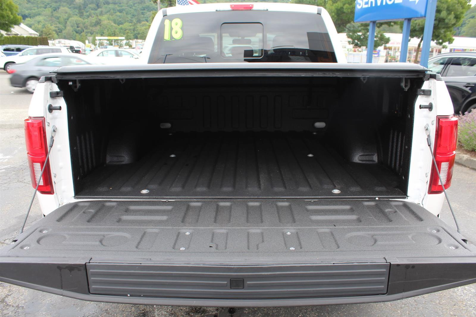 2018 Ford F-150 SuperCrew Cab 4x4, Pickup #52678 - photo 11
