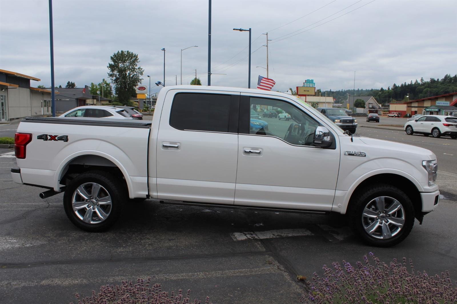 2018 Ford F-150 SuperCrew Cab 4x4, Pickup #52678 - photo 5