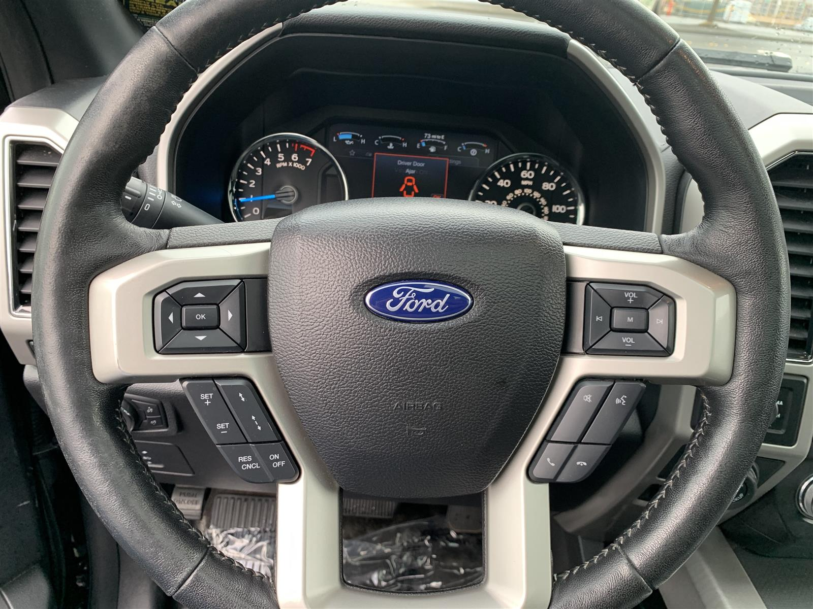 2017 Ford F-150 SuperCrew Cab 4x4, Pickup #52690 - photo 12