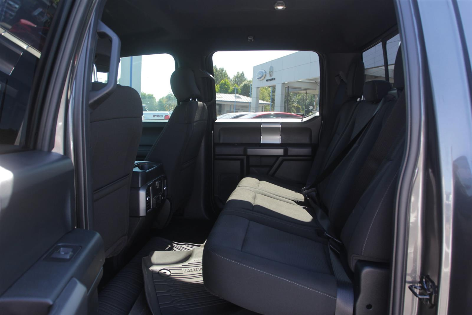 2017 Ford F-150 SuperCrew Cab 4x4, Pickup #52704 - photo 12