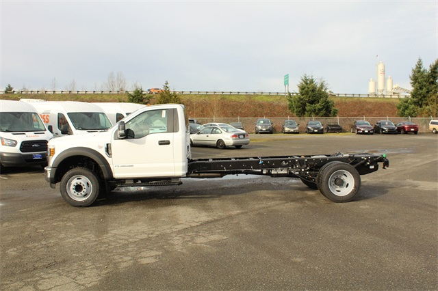 2019 F-450 Regular Cab DRW 4x2,  Cab Chassis #E7956 - photo 3