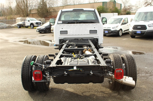 2019 F-450 Regular Cab DRW 4x2,  Cab Chassis #E7956 - photo 4