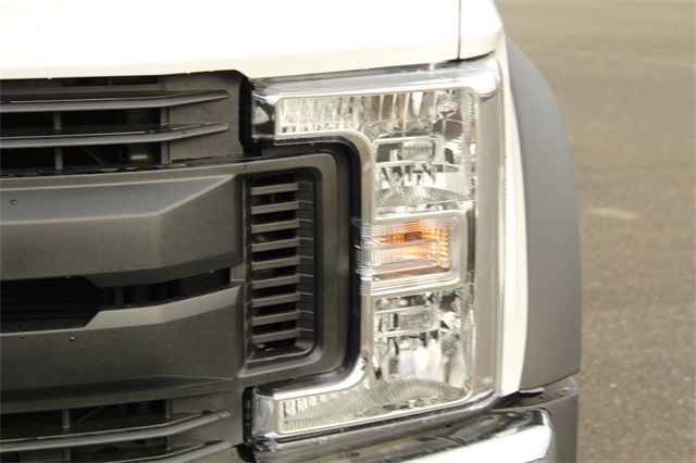 2019 F-450 Regular Cab DRW 4x2,  Cab Chassis #E7957 - photo 9