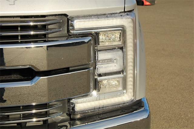 2019 F-350 Crew Cab 4x4,  Pickup #E8144 - photo 9