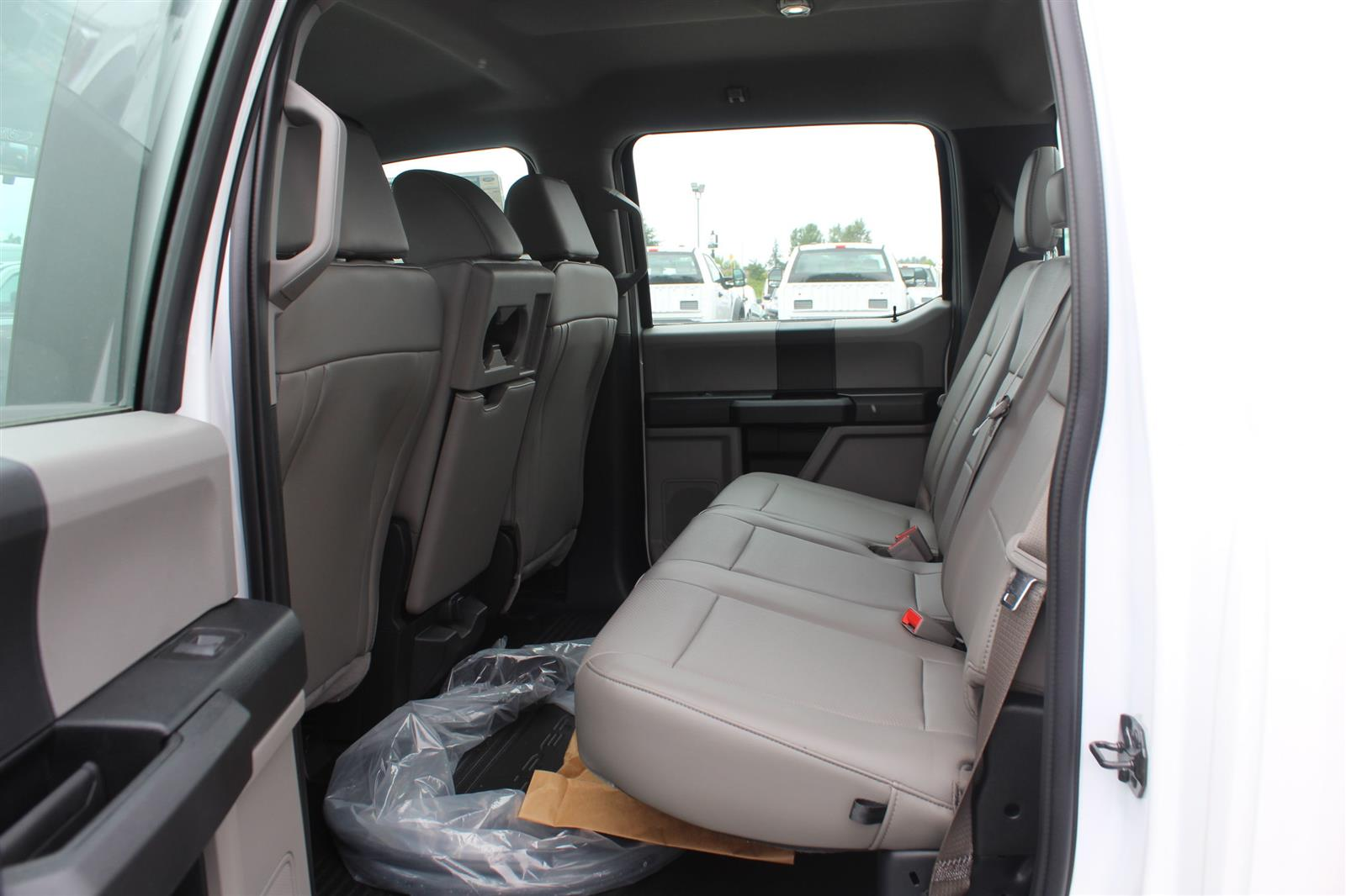 2019 Ford F-450 Crew Cab DRW 4x2, Cab Chassis #E8646 - photo 11