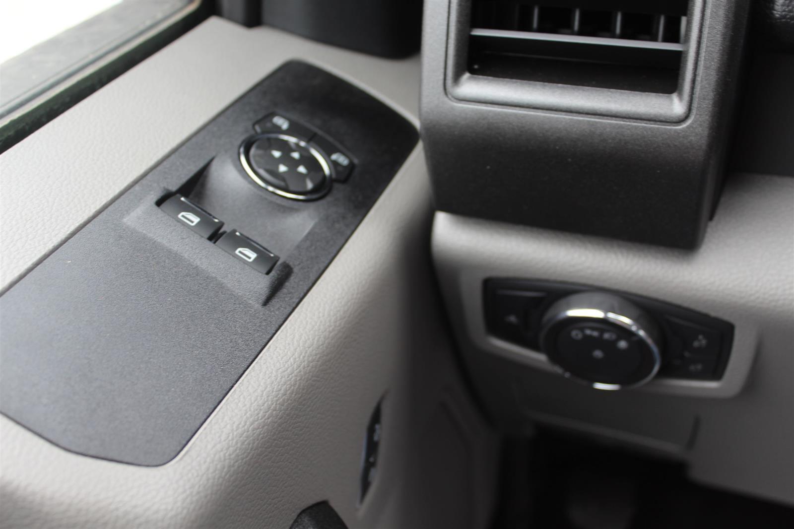 2019 Ford F-550 Regular Cab DRW 4x2, Monroe MSS II Deluxe Service Body #E8663 - photo 19
