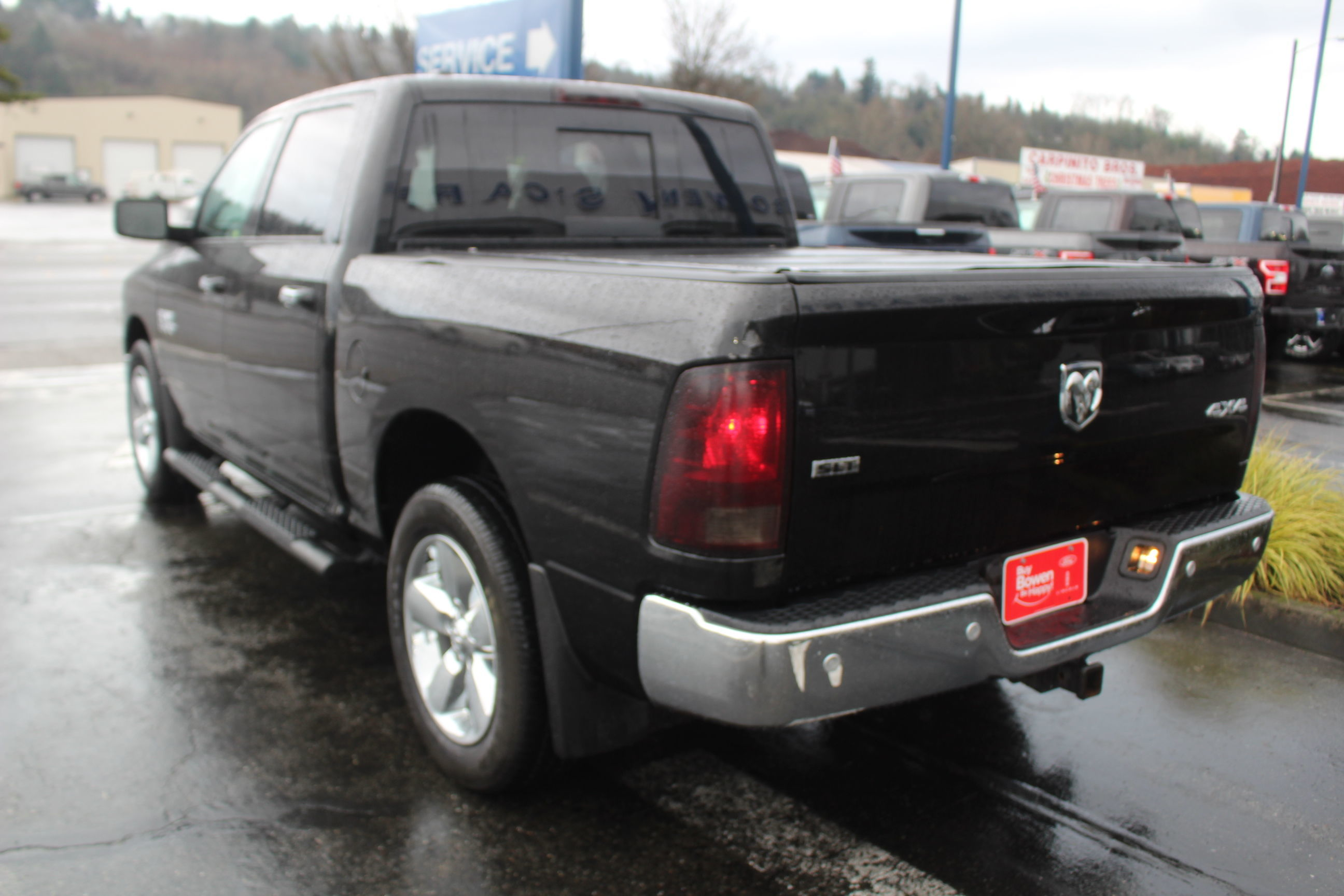 2015 Ram 1500 Crew Cab 4x4, Pickup #E8727A - photo 1