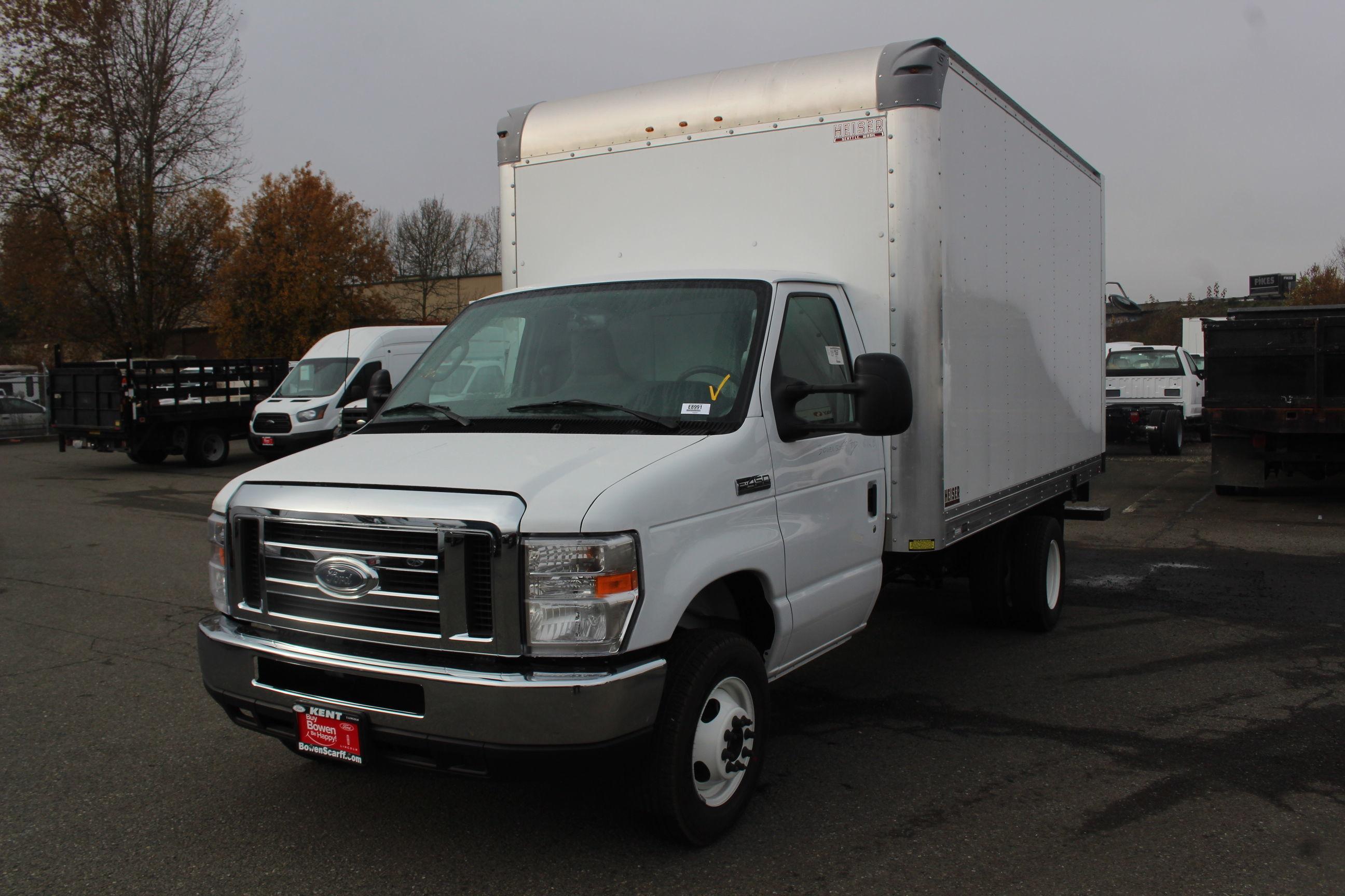 2019 E-450 4x2, Supreme Iner-City Cutaway Van #E8991 - photo 1