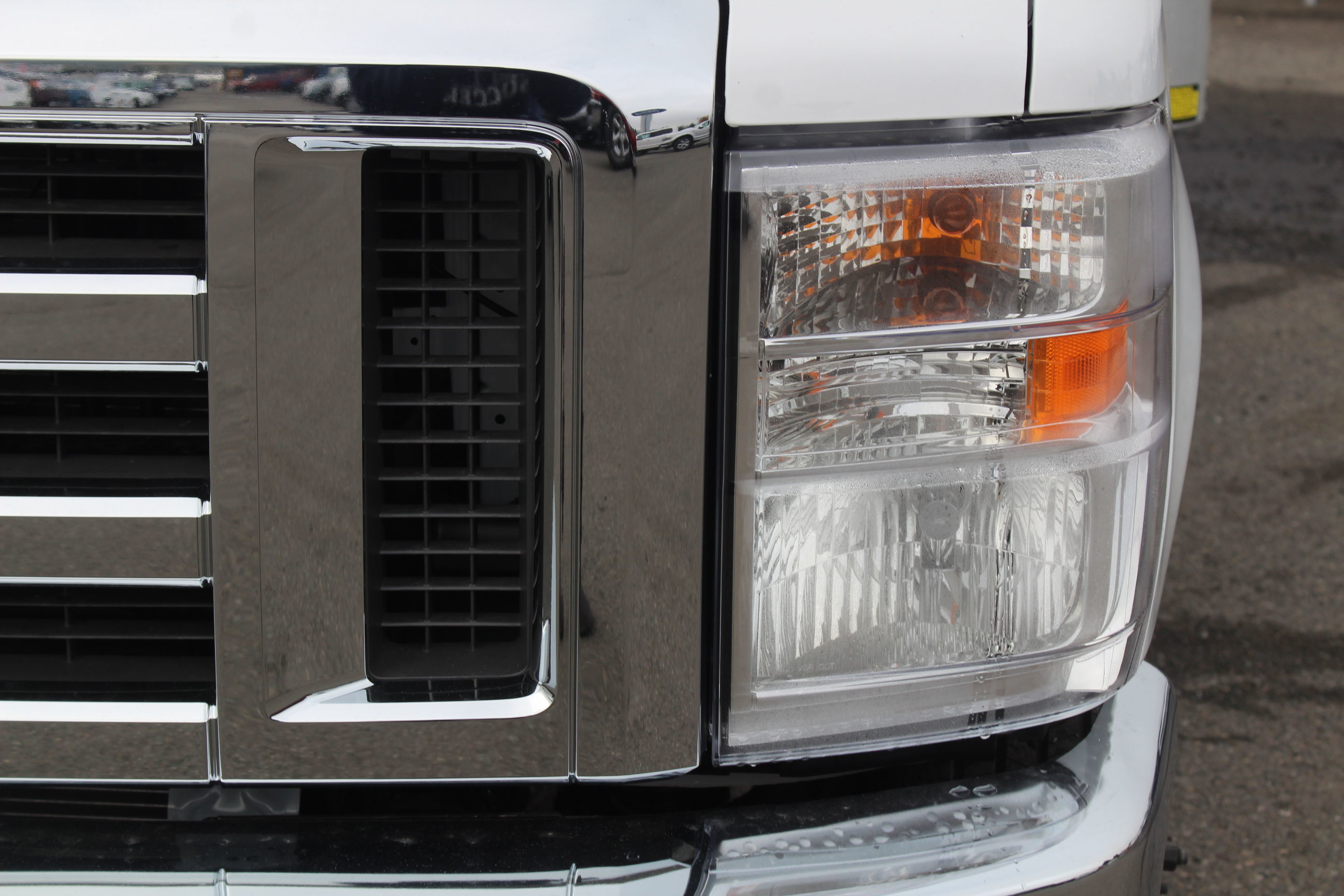 2019 E-450 4x2, Supreme Iner-City Cutaway Van #E8991 - photo 11