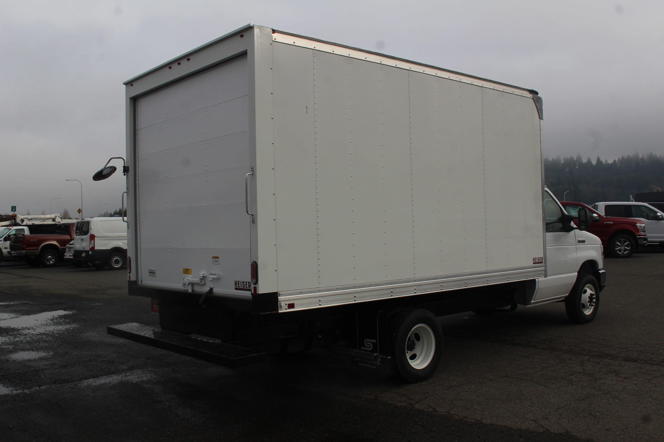 2019 E-450 4x2, Supreme Iner-City Cutaway Van #E8991 - photo 6