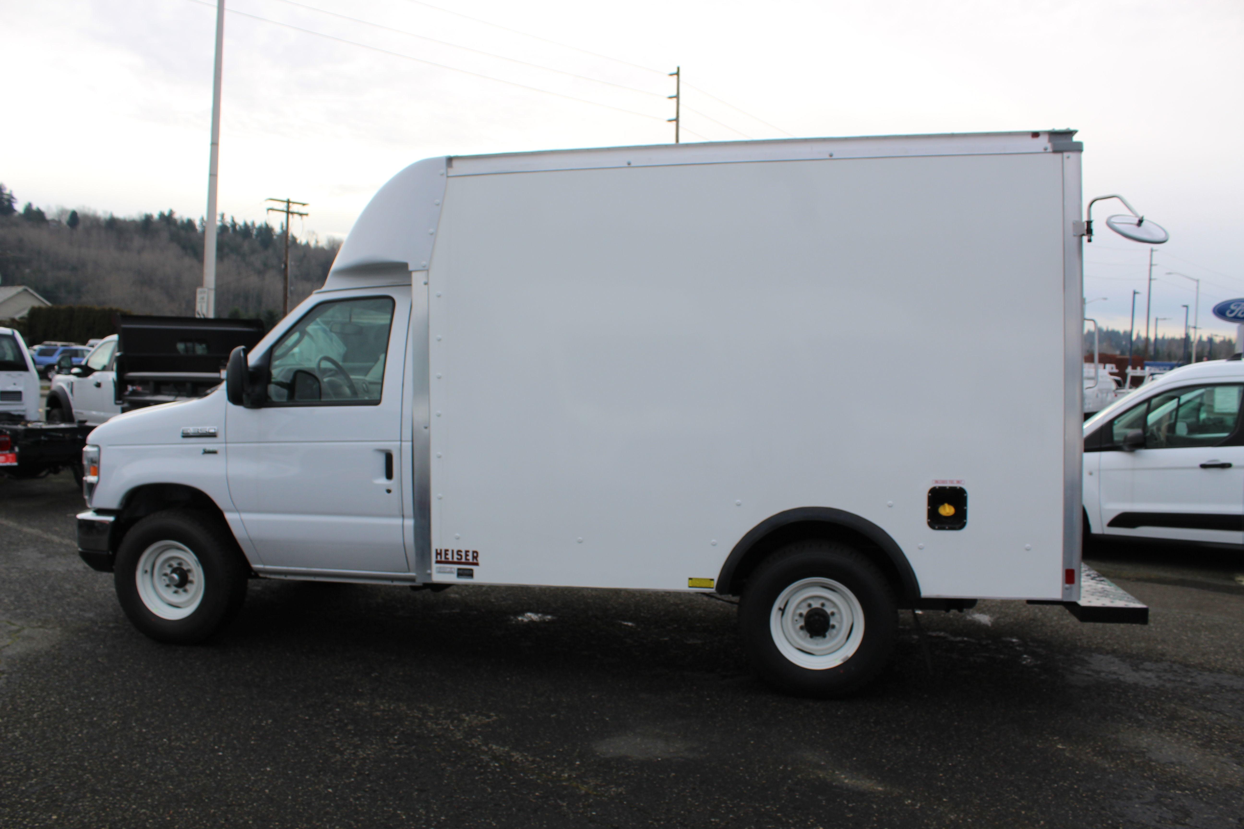 2019 E-350 4x2, Supreme Spartan Cargo Cutaway Van #E9150 - photo 12