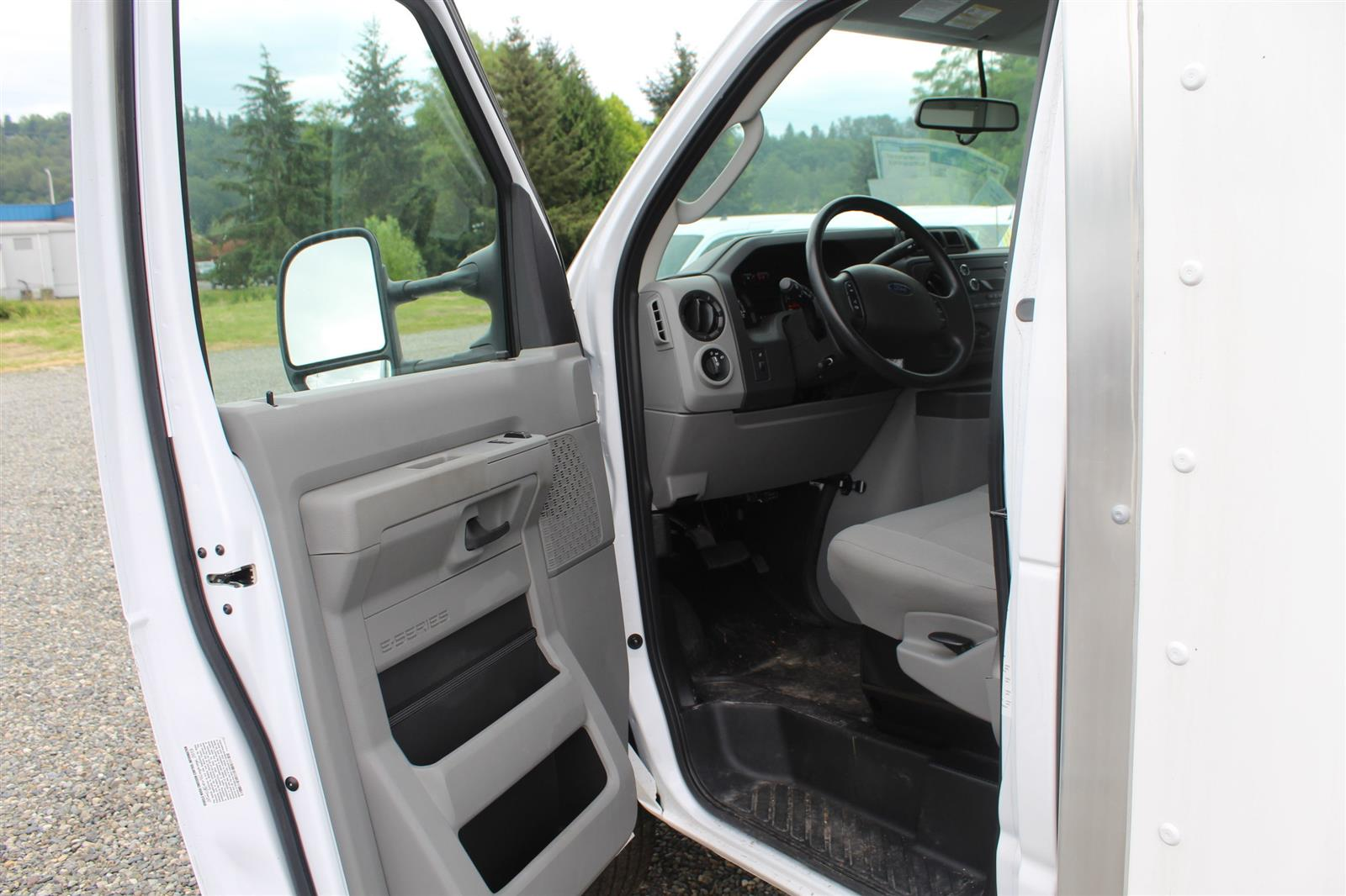 2019 Ford E-350 4x2, Supreme Spartan Cargo Cutaway Van #E9150 - photo 10