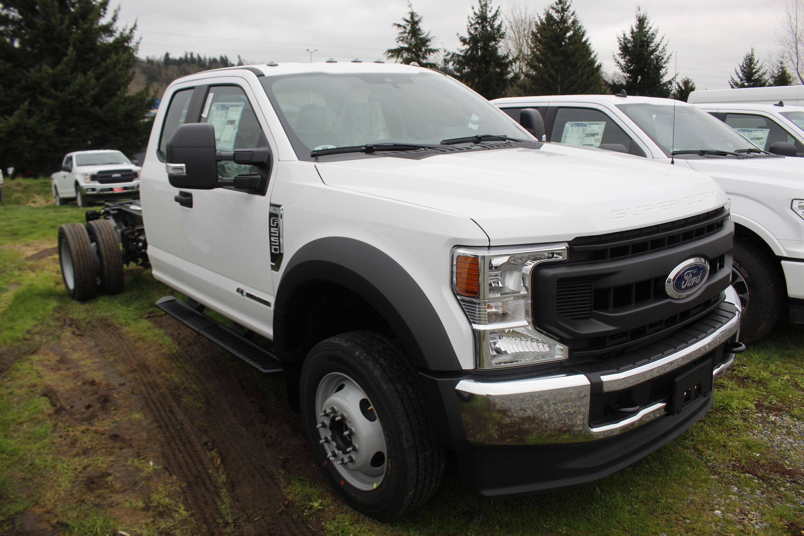 2020 F-550 Super Cab DRW 4x4, Cab Chassis #E9275 - photo 4