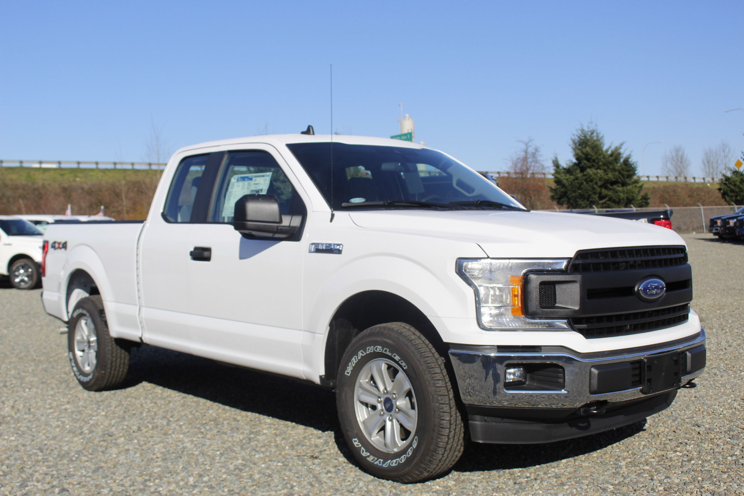 2020 F-150 Super Cab 4x4, Pickup #E9285 - photo 4