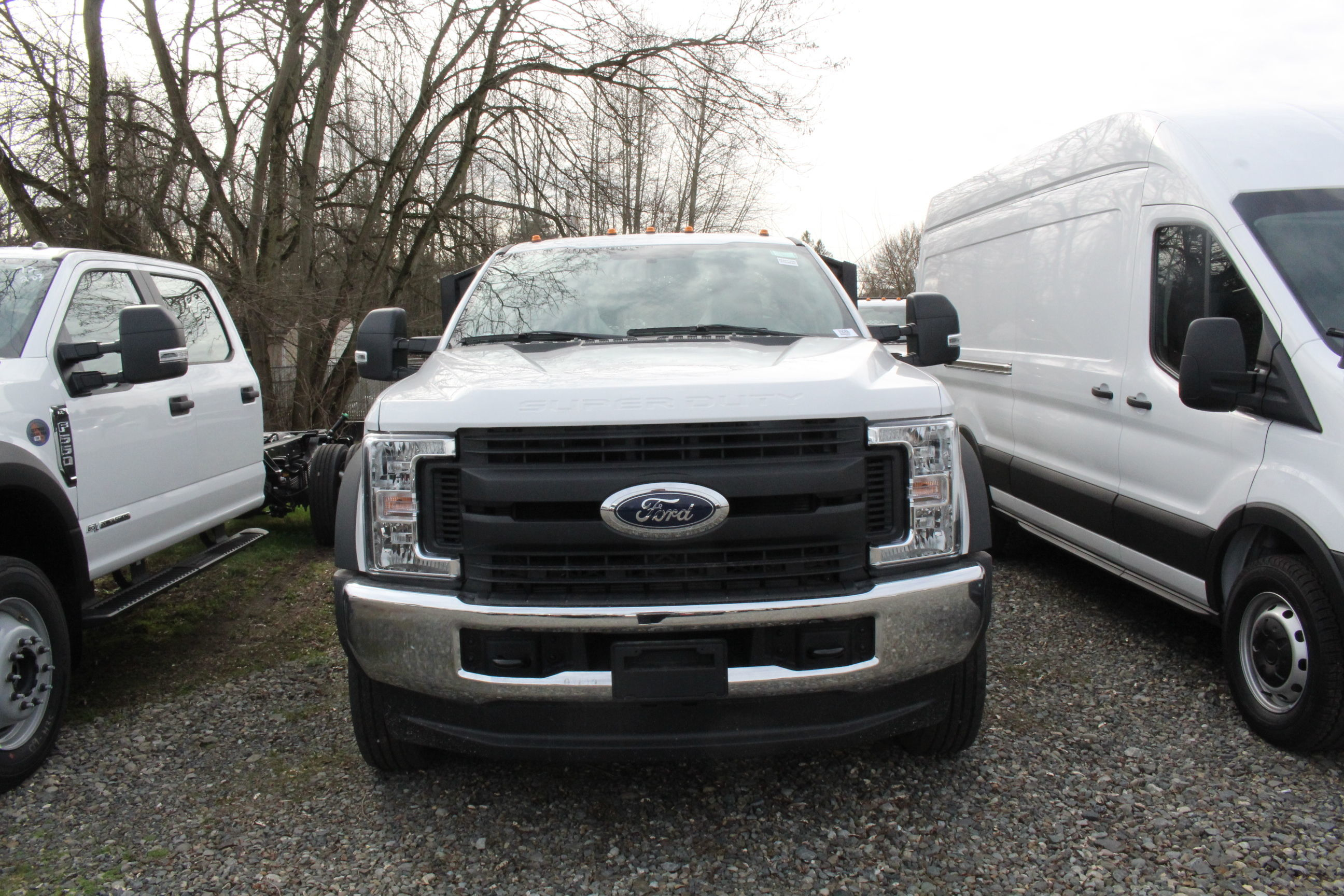 2019 F-550 Regular Cab DRW 4x4, Platform Body #E9286 - photo 2