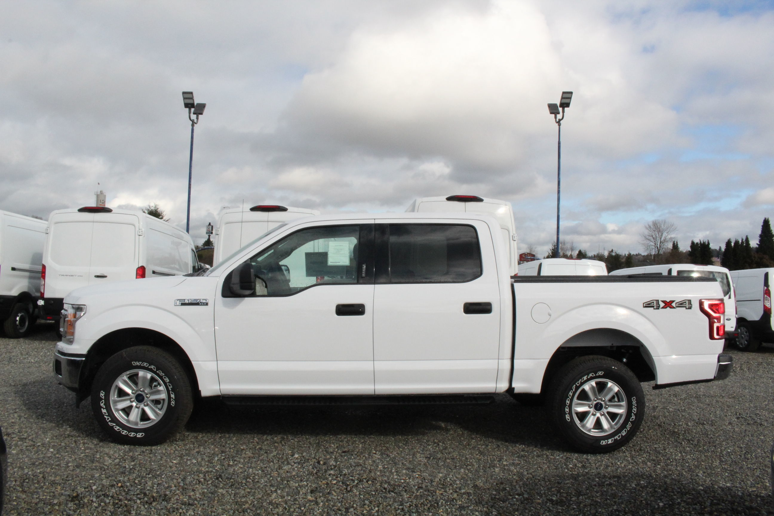 2020 F-150 SuperCrew Cab 4x4, Pickup #E9296 - photo 9